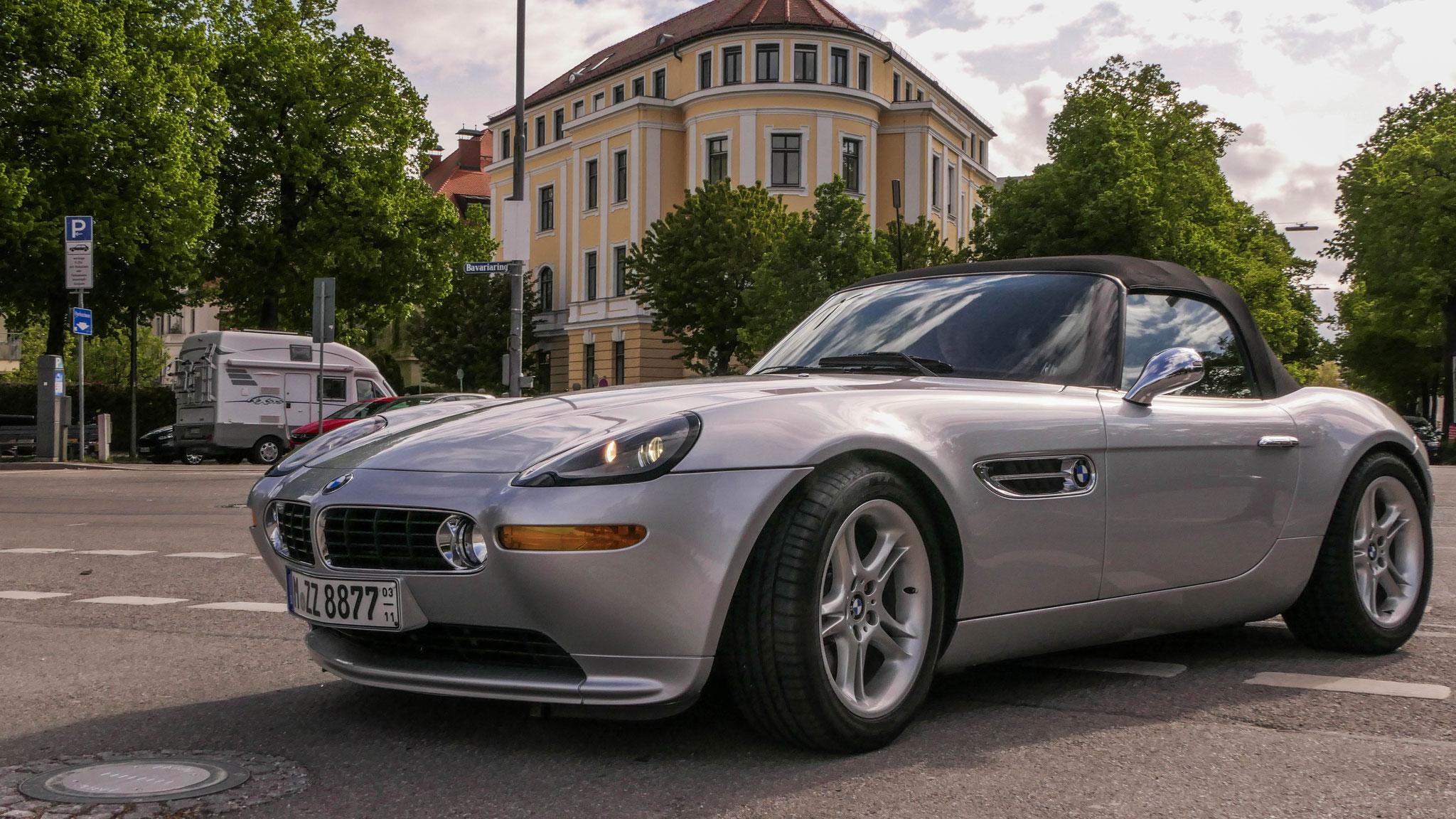 BMW Z8 - M-ZZ-8877