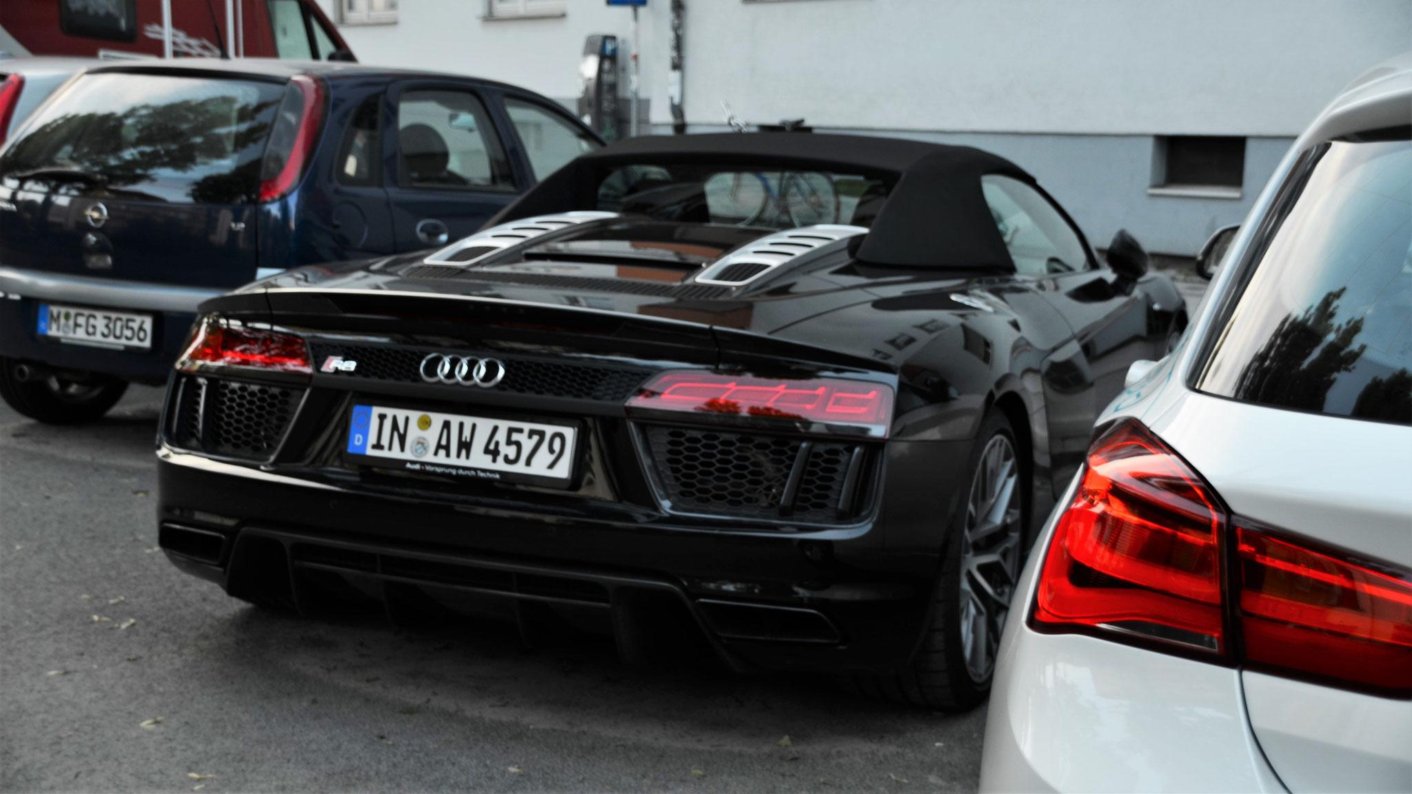Audi R8 V10 Spyder - IN-AW-4579