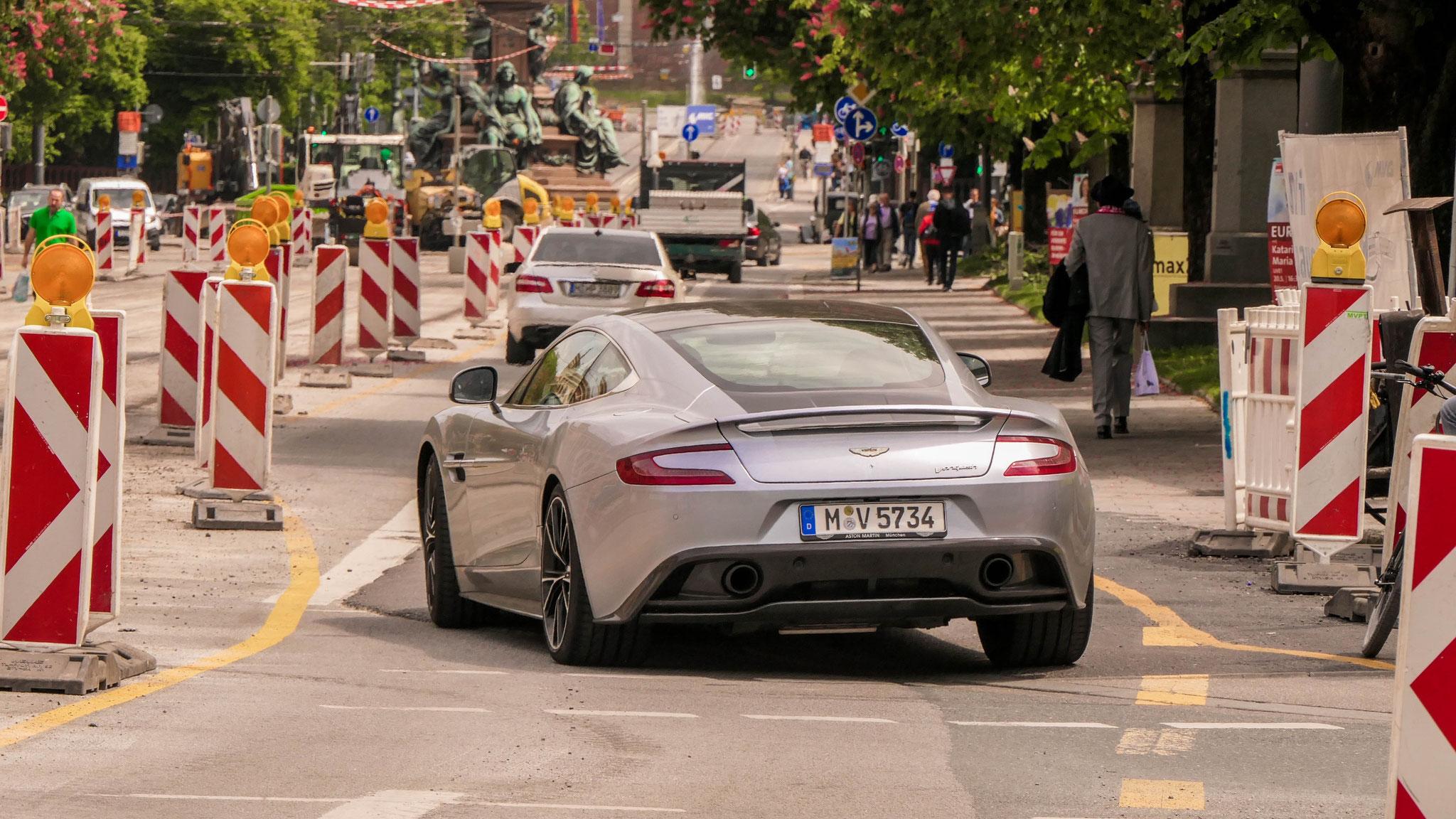 Aston Martin Vanquish - M-V-5734