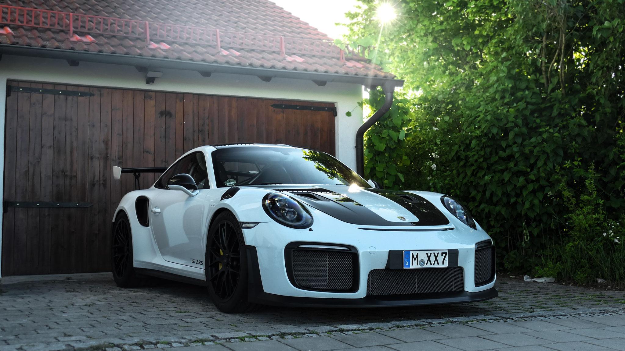 Porsche GT2 RS - M-XX-7