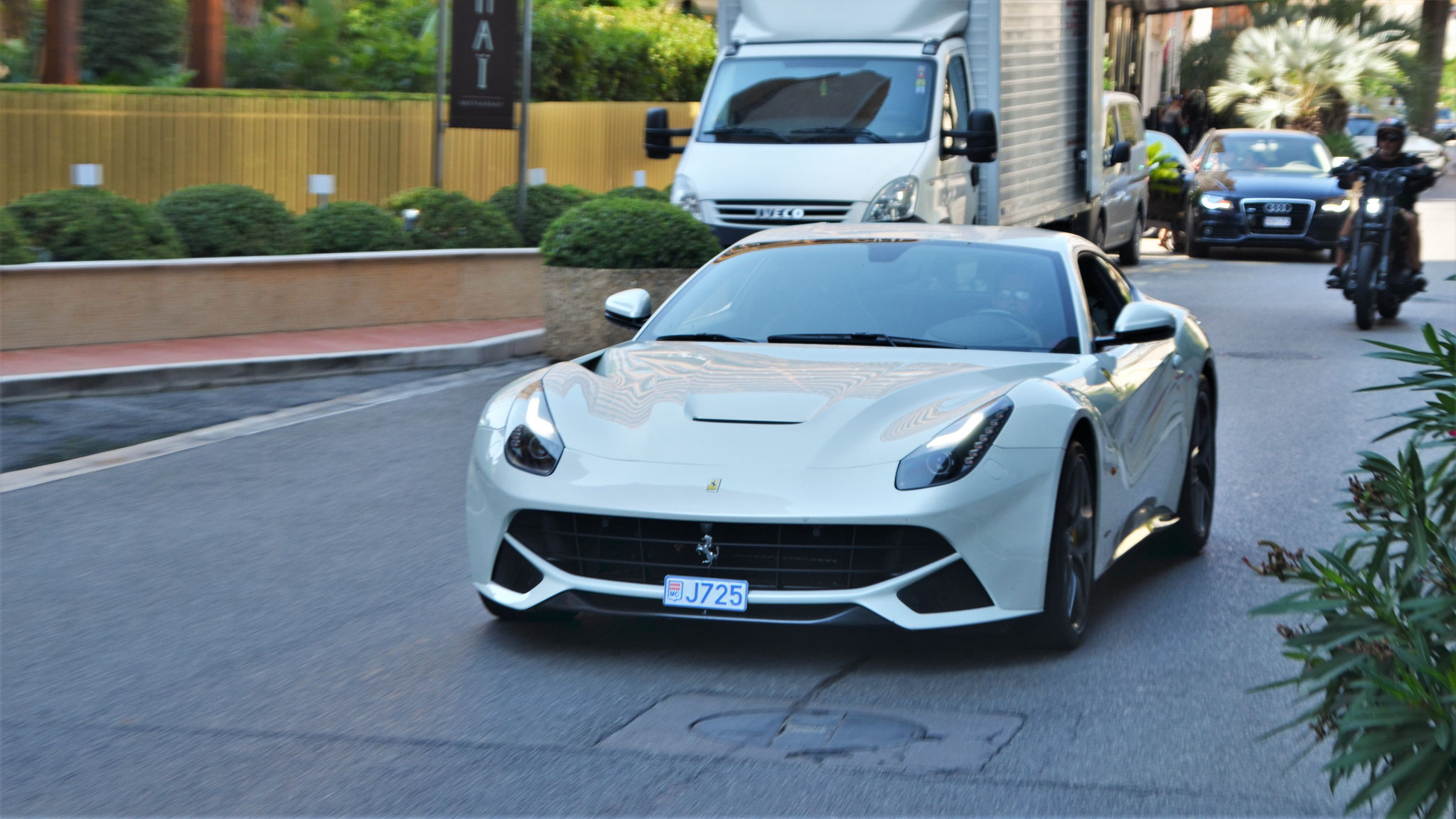 Ferrari F12 Berlinetta - J725 (MC)