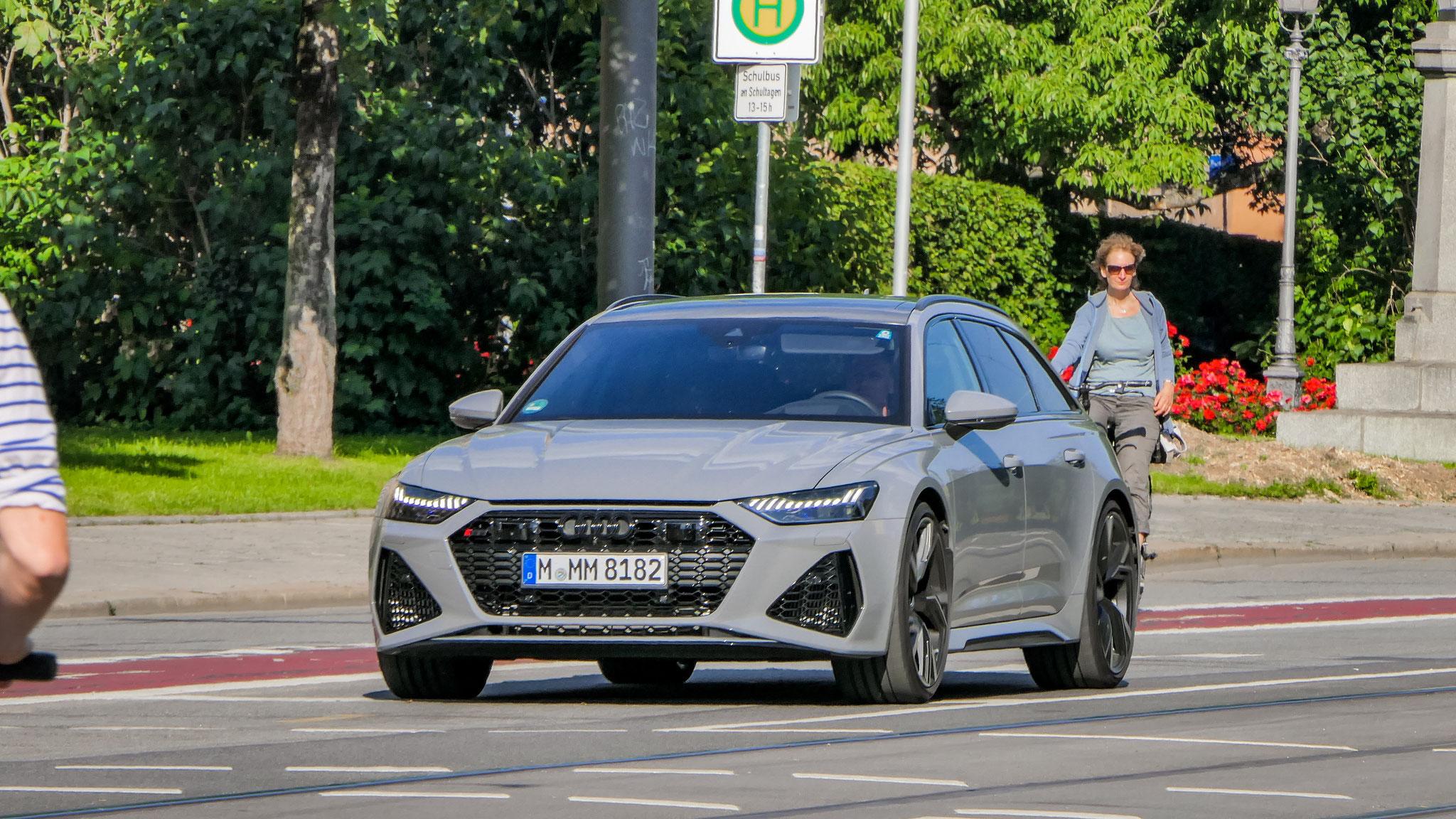 Audi RS6 - M-MM-8182