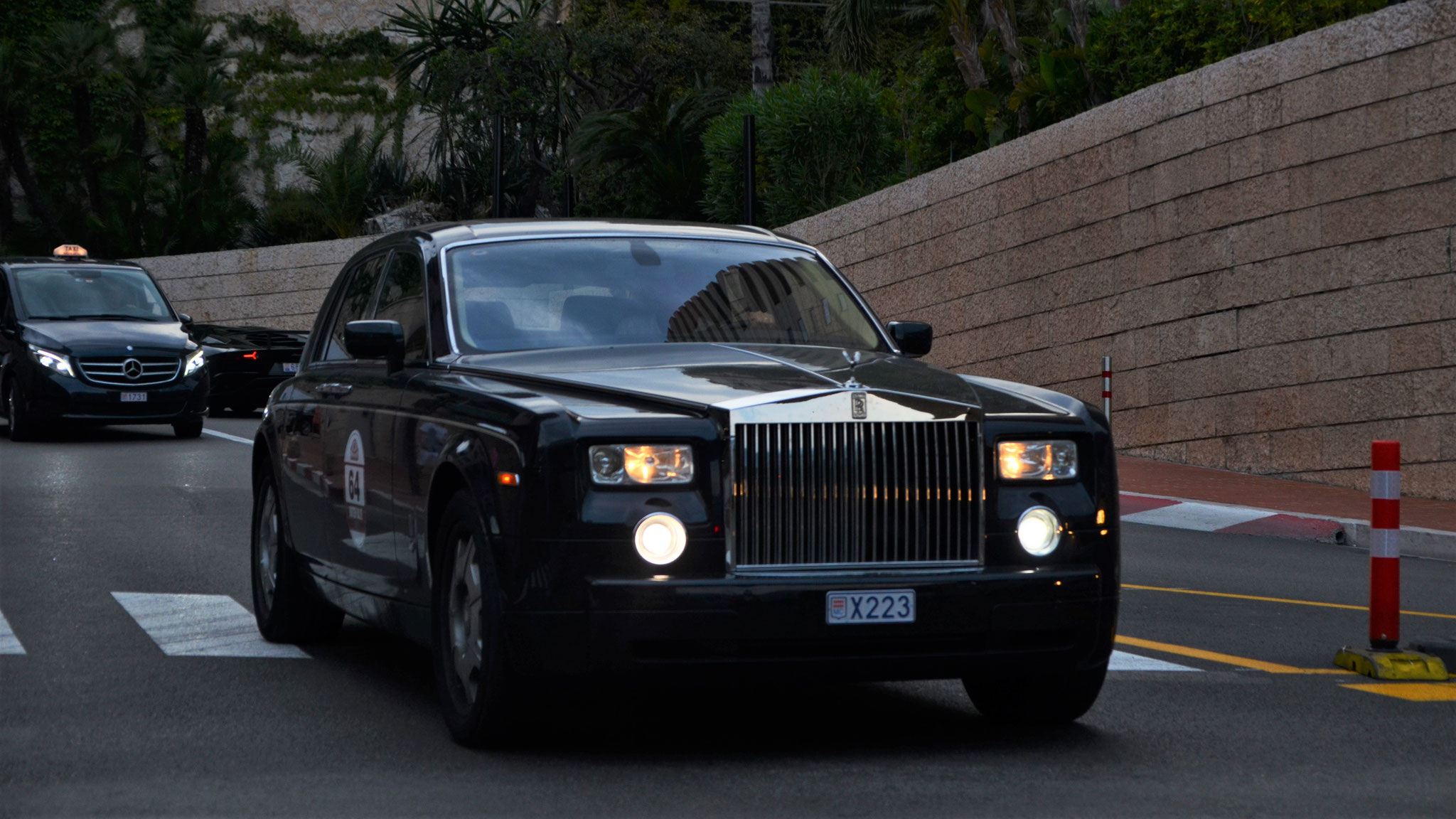 Rolls Royce Phantom - X223 (MC)