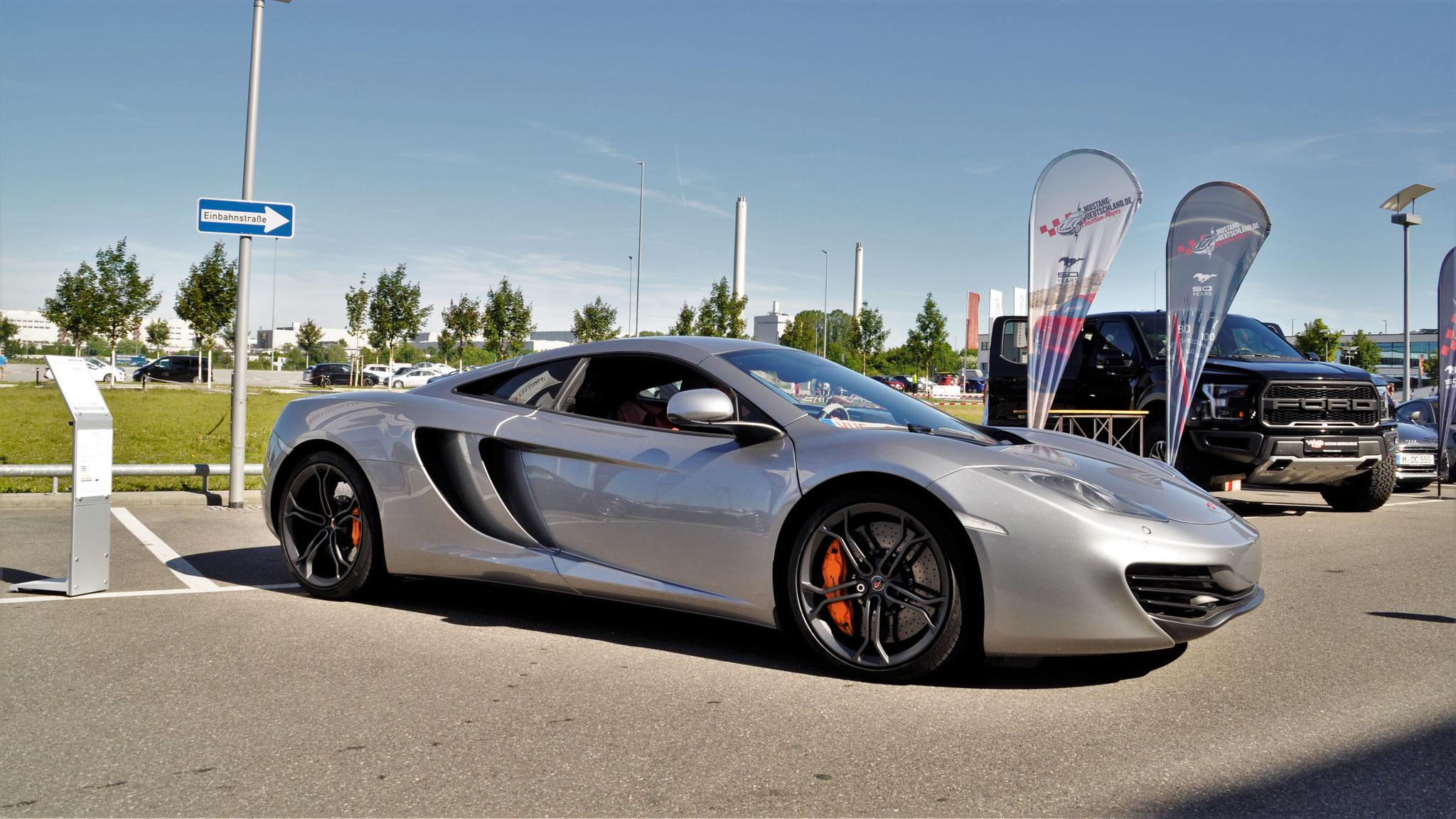 McLaren MP4-12C - WUG-06XXX