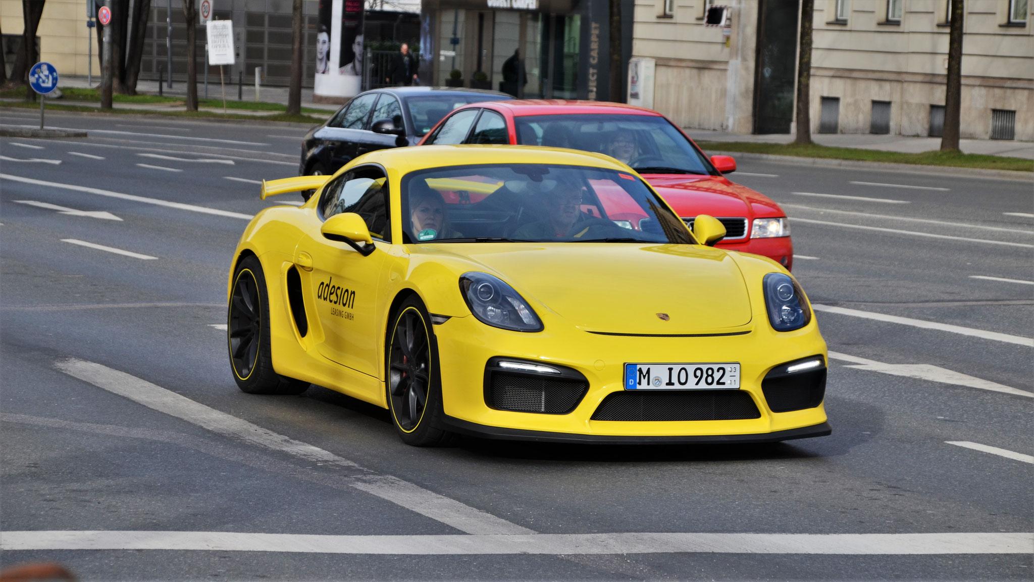 Porsche Cayman GT4 - M-IO-982