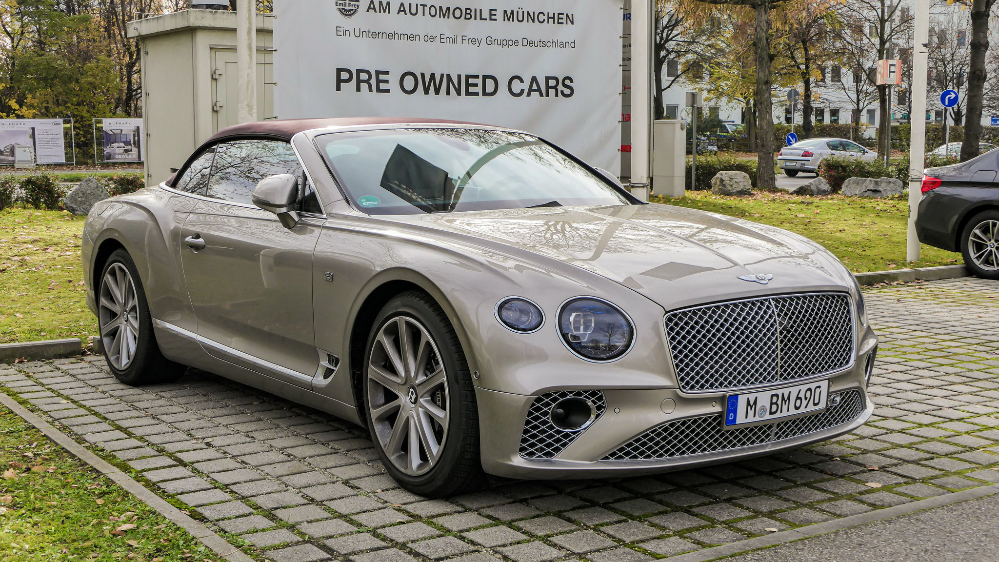 Bentley Continental GTC - M-BM-690