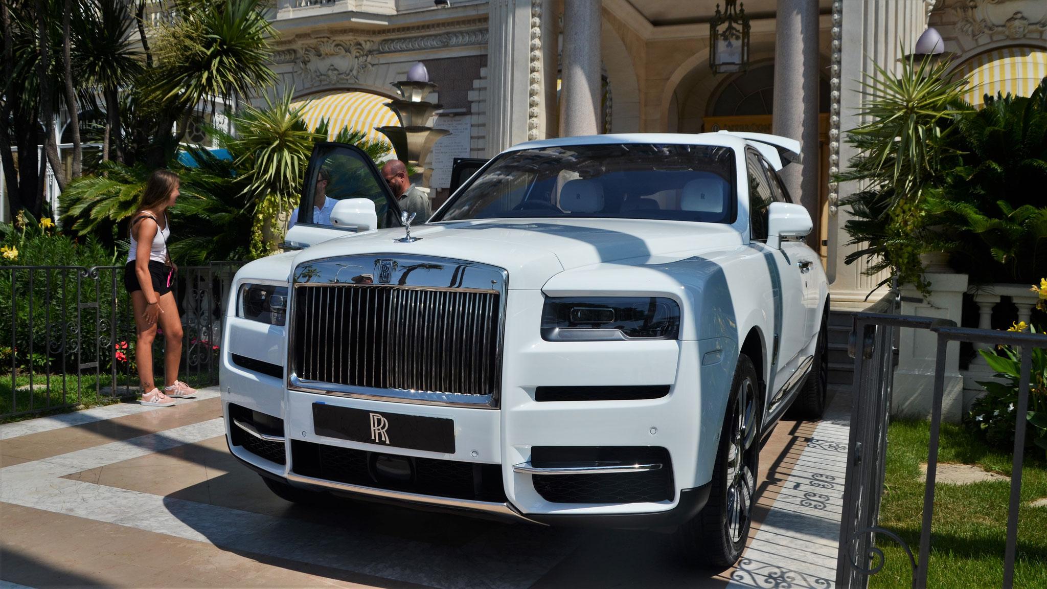 Rolls Royce Cullinan - HN18-MBO (GB)