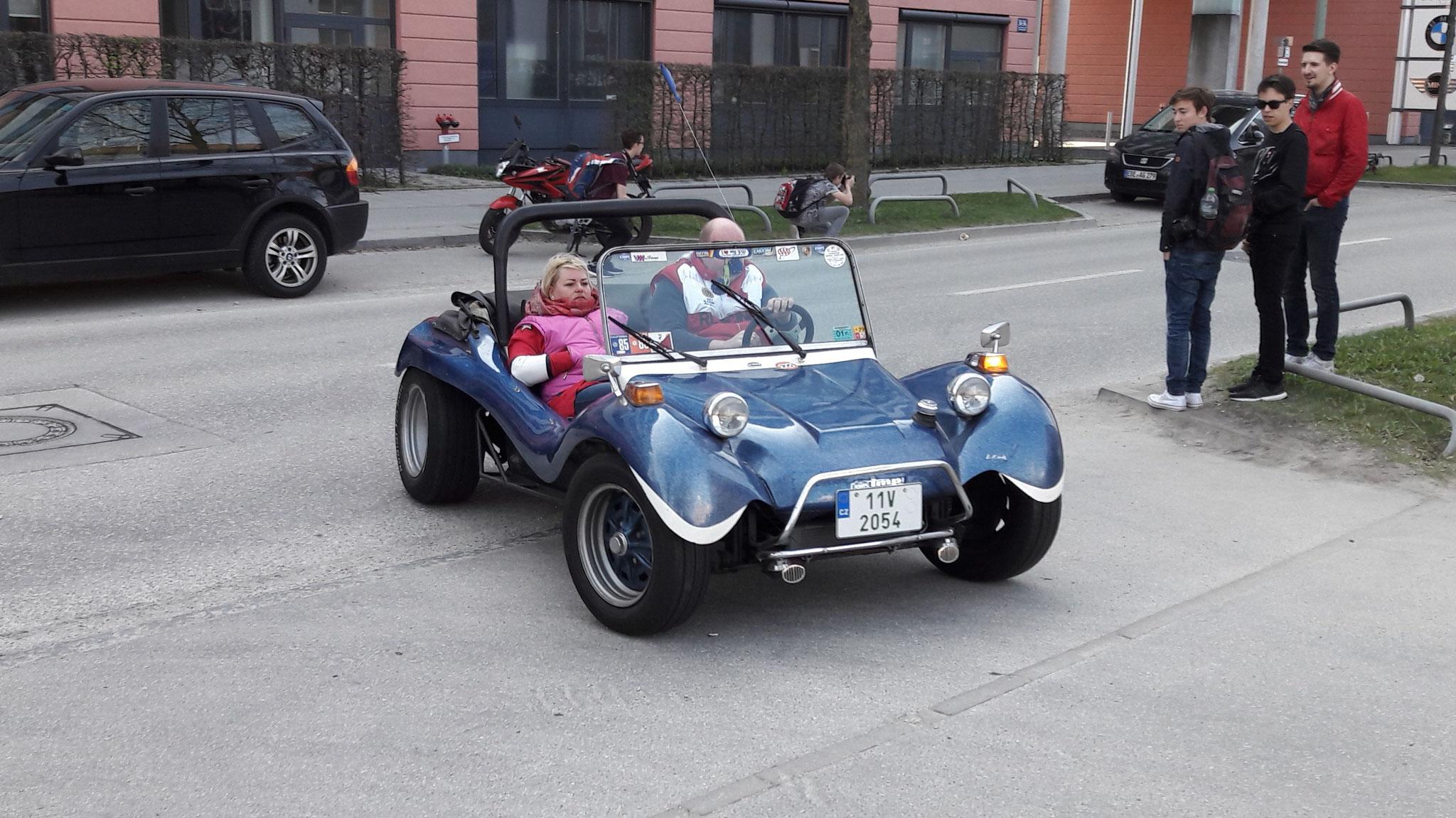 VW Buggy - 11V-2054 (CZ)