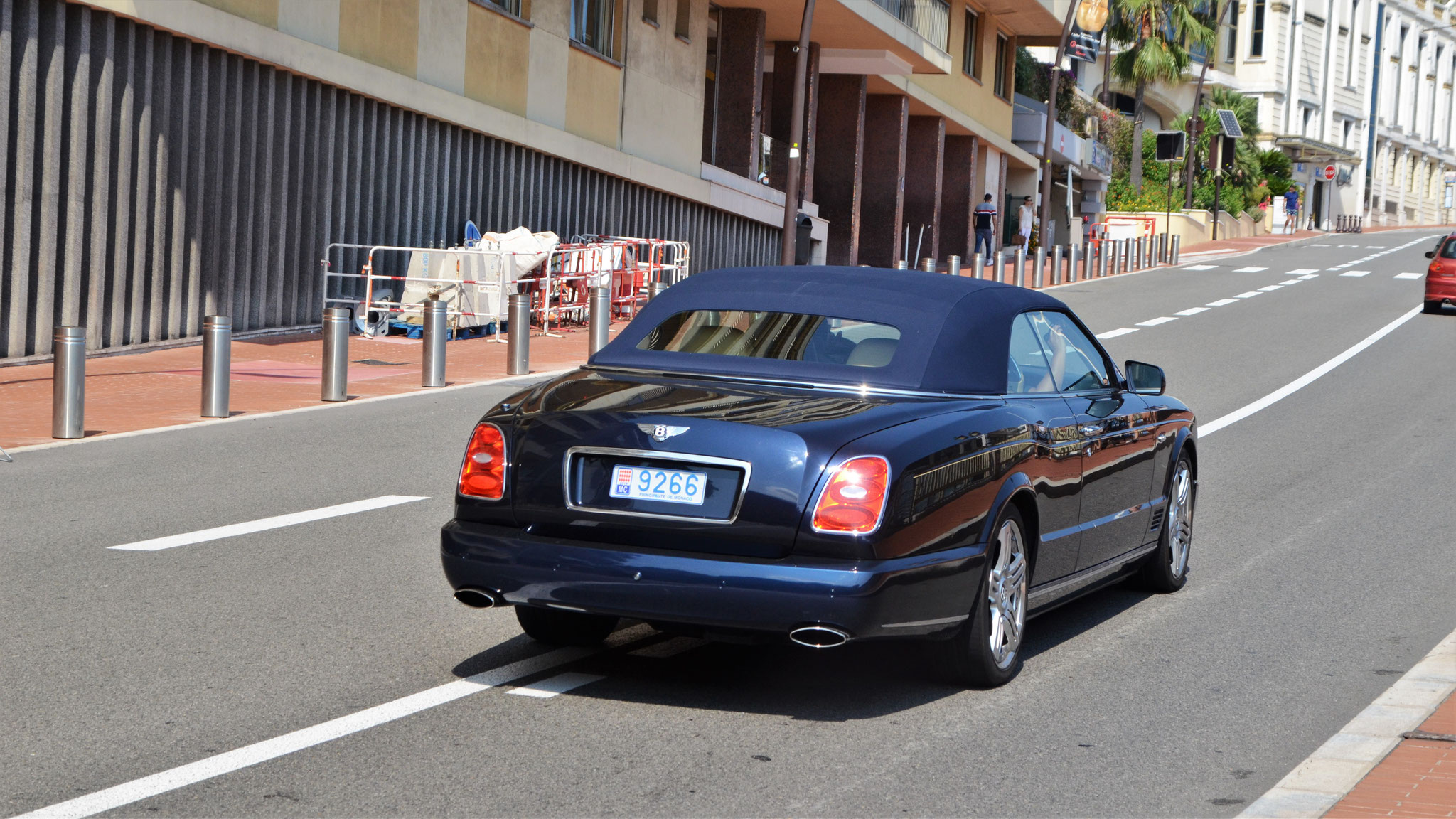 Bentley Azure - 9266 (MC)