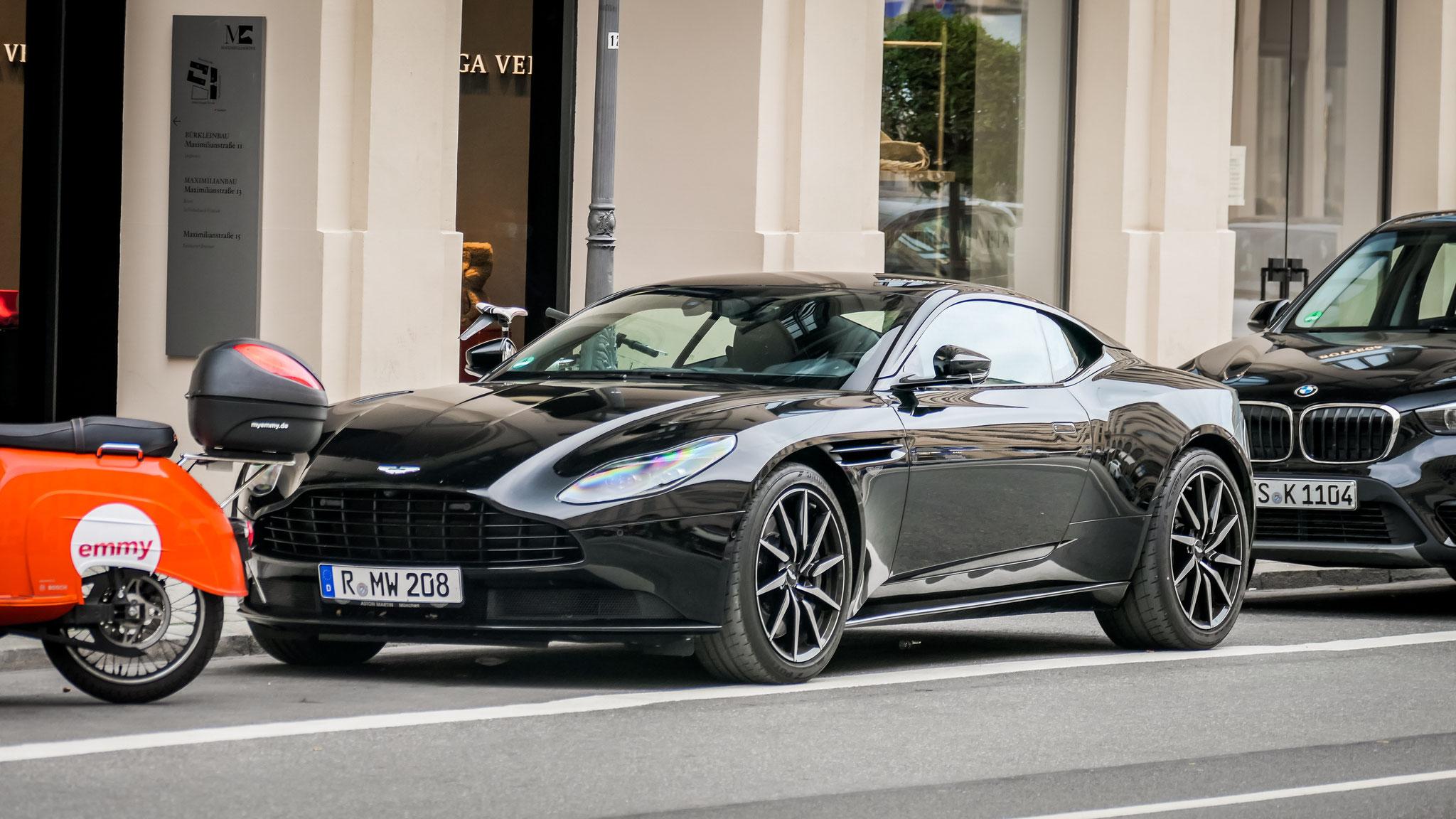 Aston Martin DB11 - R-MW-208