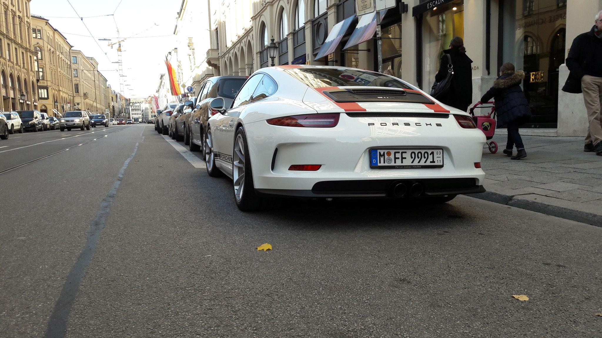 Porsche 911 R - M-FF-9991