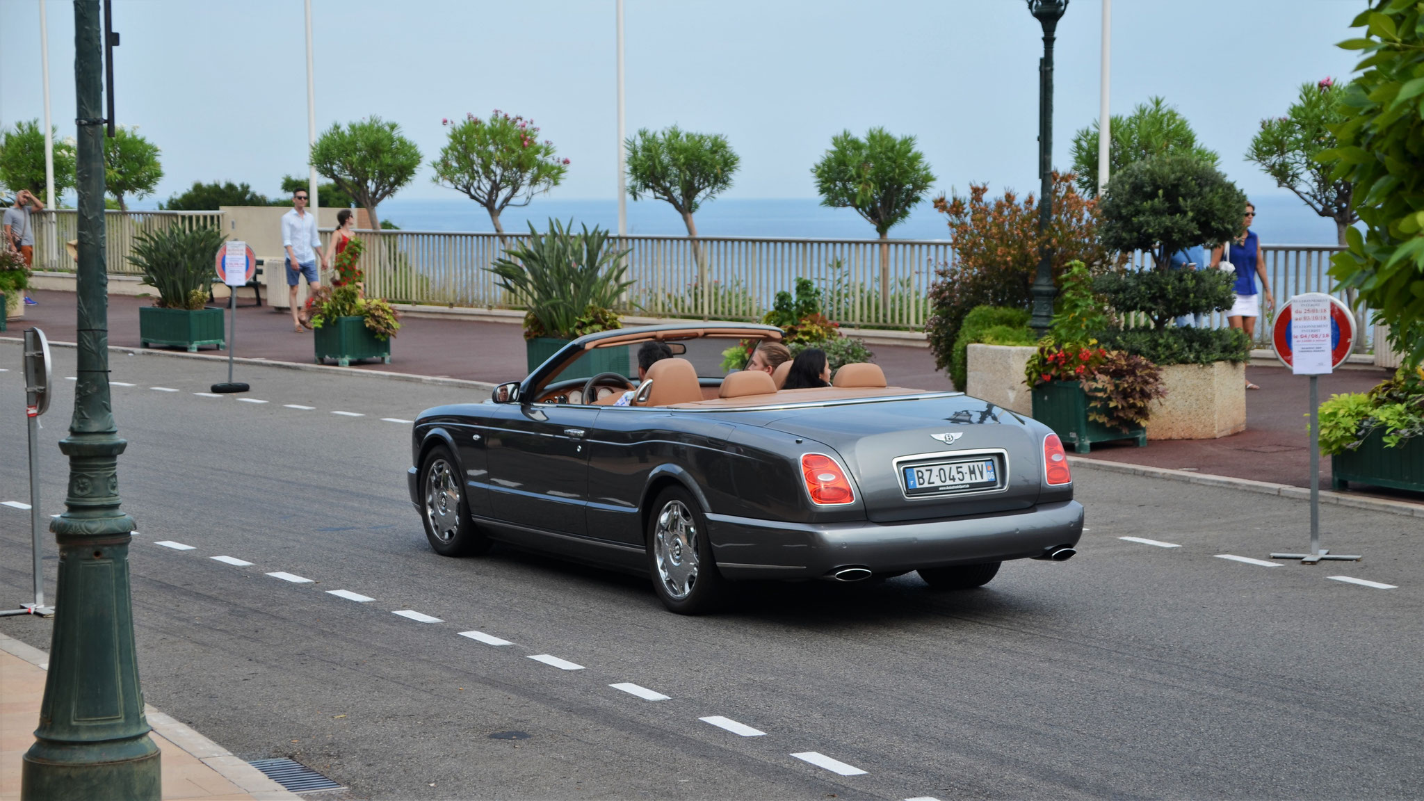 Bentley Azure - BZ-045-MV-06 (FRA)