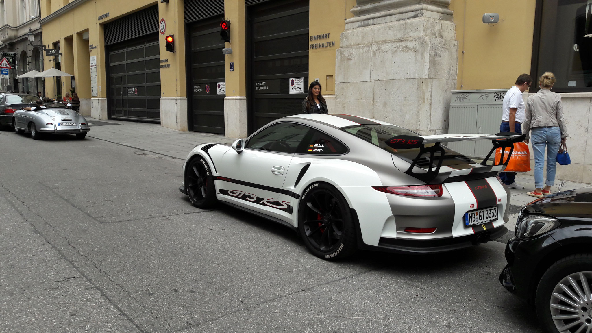 Porsche 911 GT3 RS - MB-GT-3333