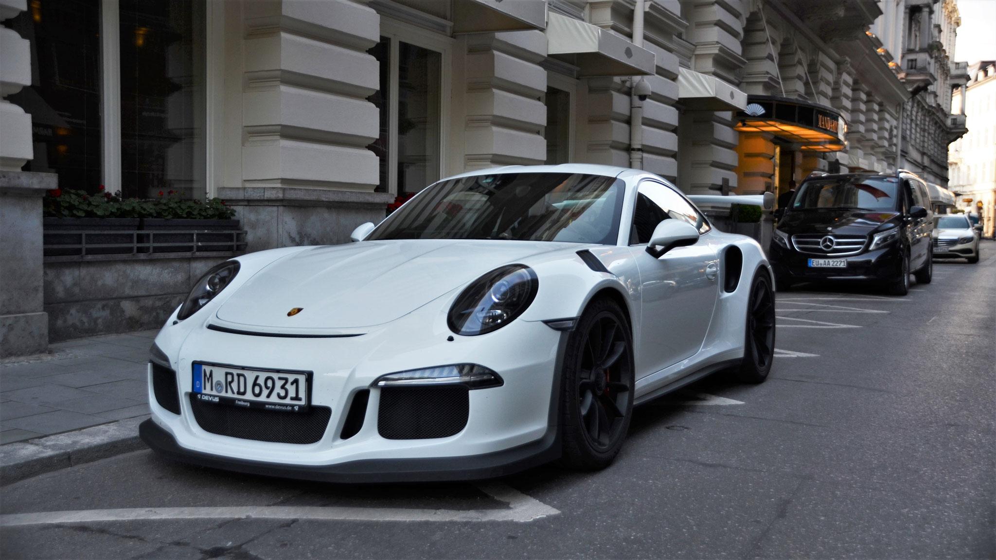 Porsche 911 GT3 RS - M-RD-6931