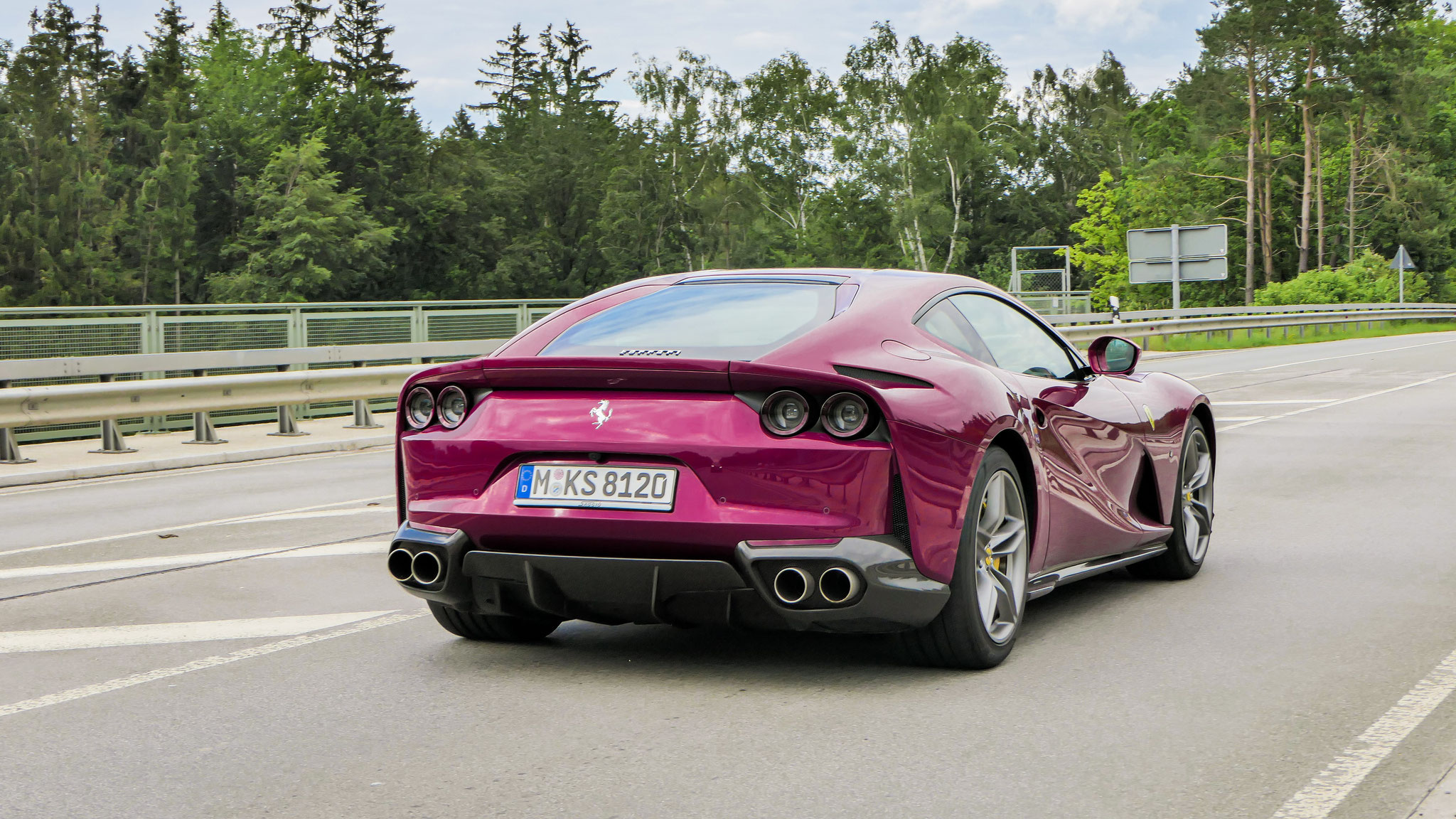 Ferrari 812 Superfast - M-KS-8120