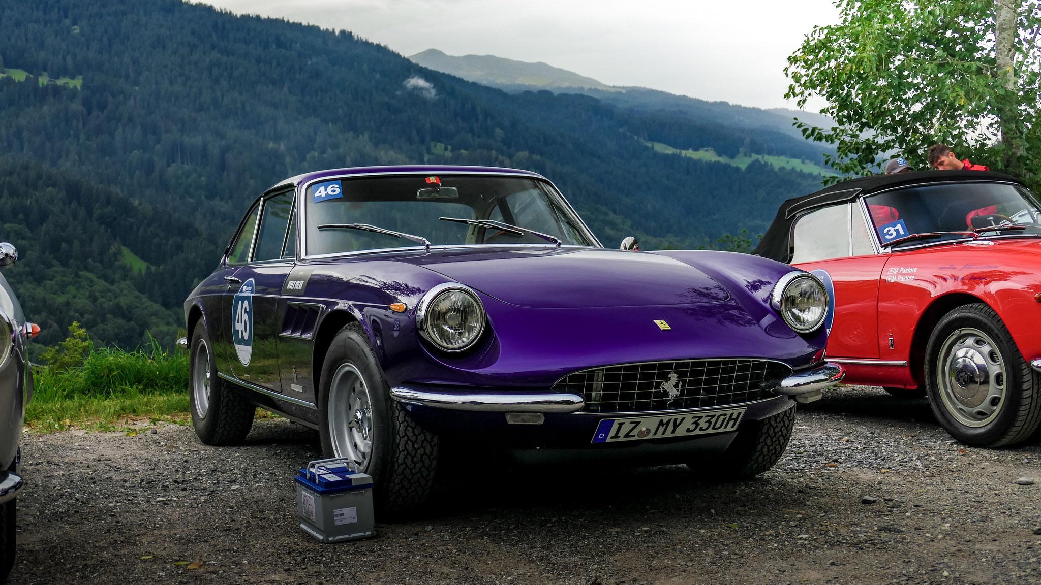 Ferrari 330 GTC - IZ-MY-330H