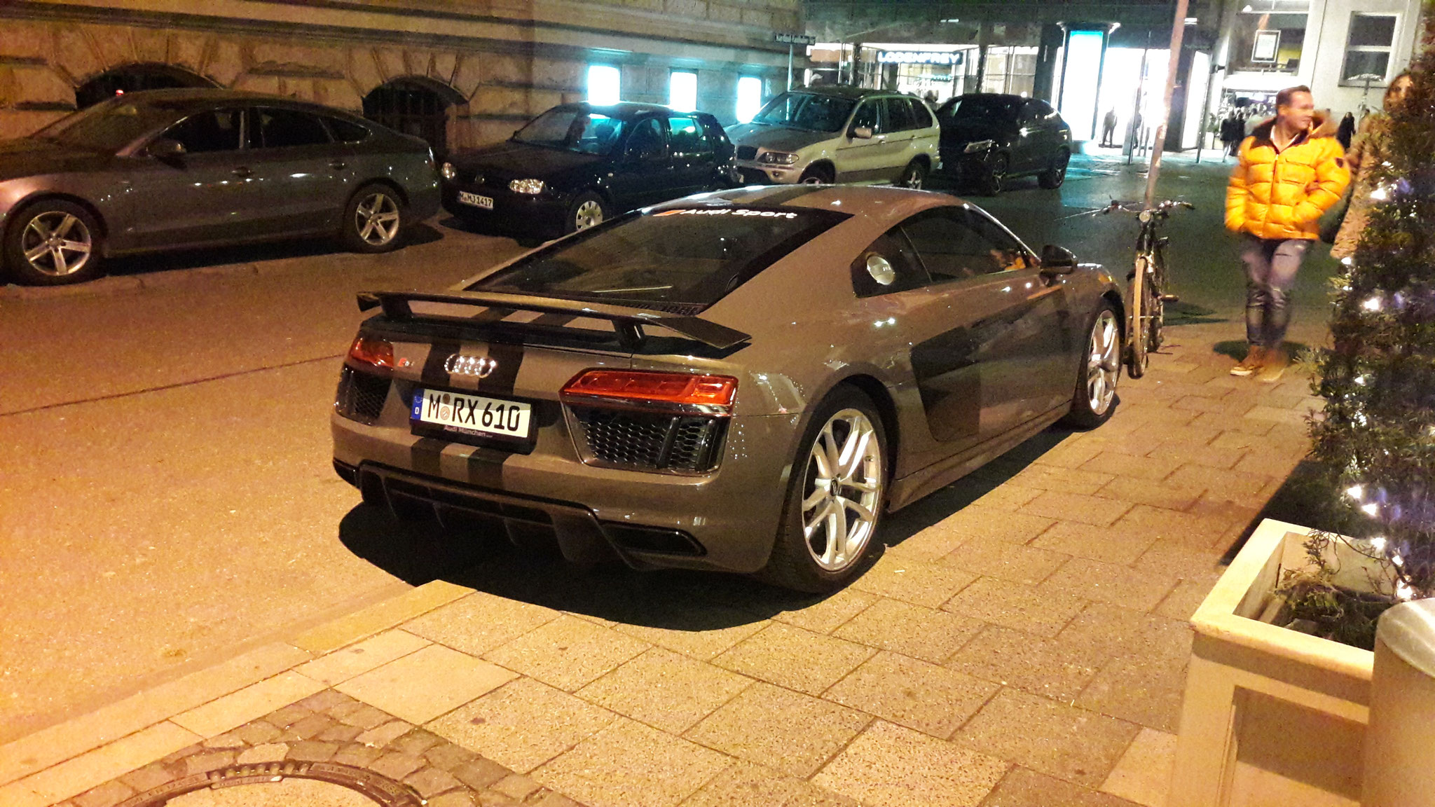 Audi R8 V10 - M-RX-610