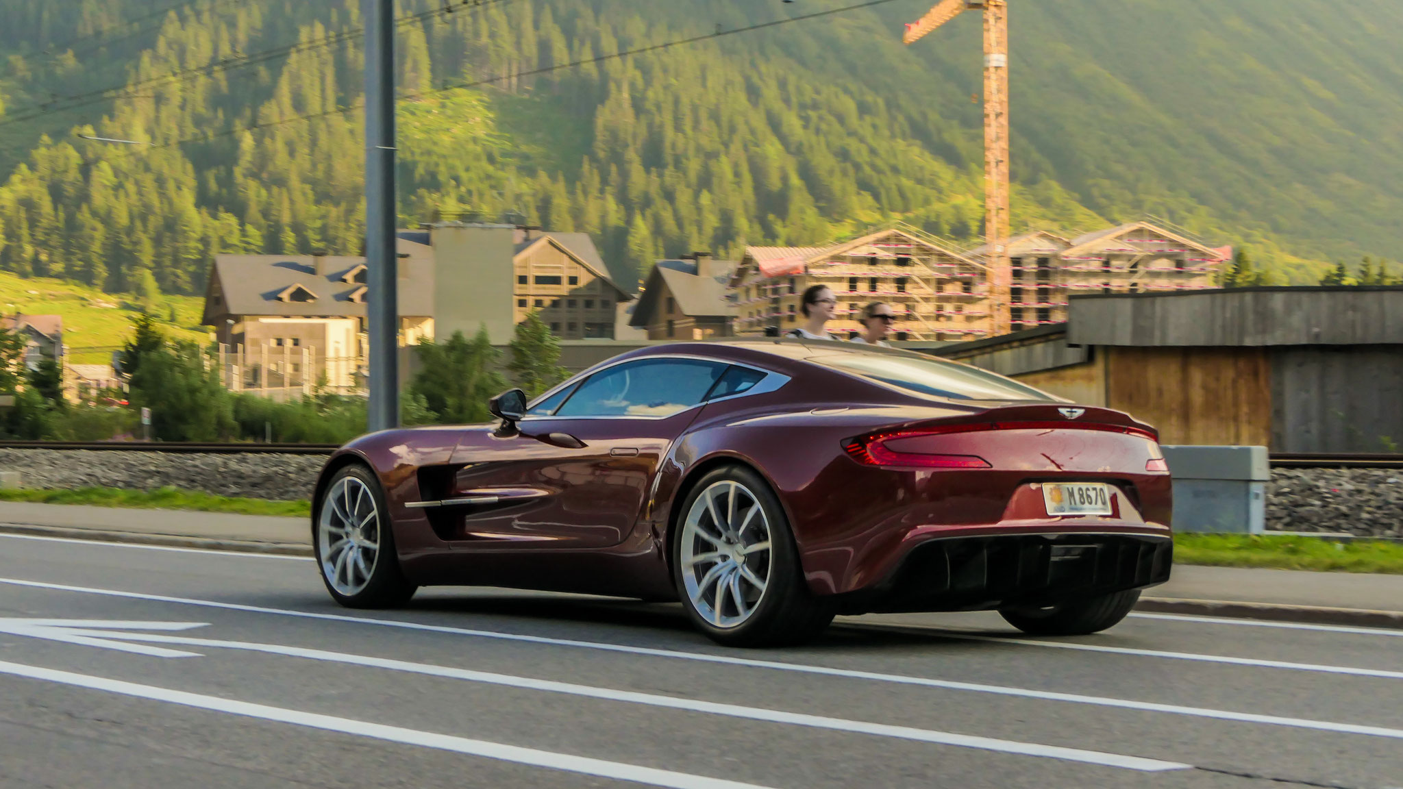 Aston Martin One-77 - M8670 (AND)