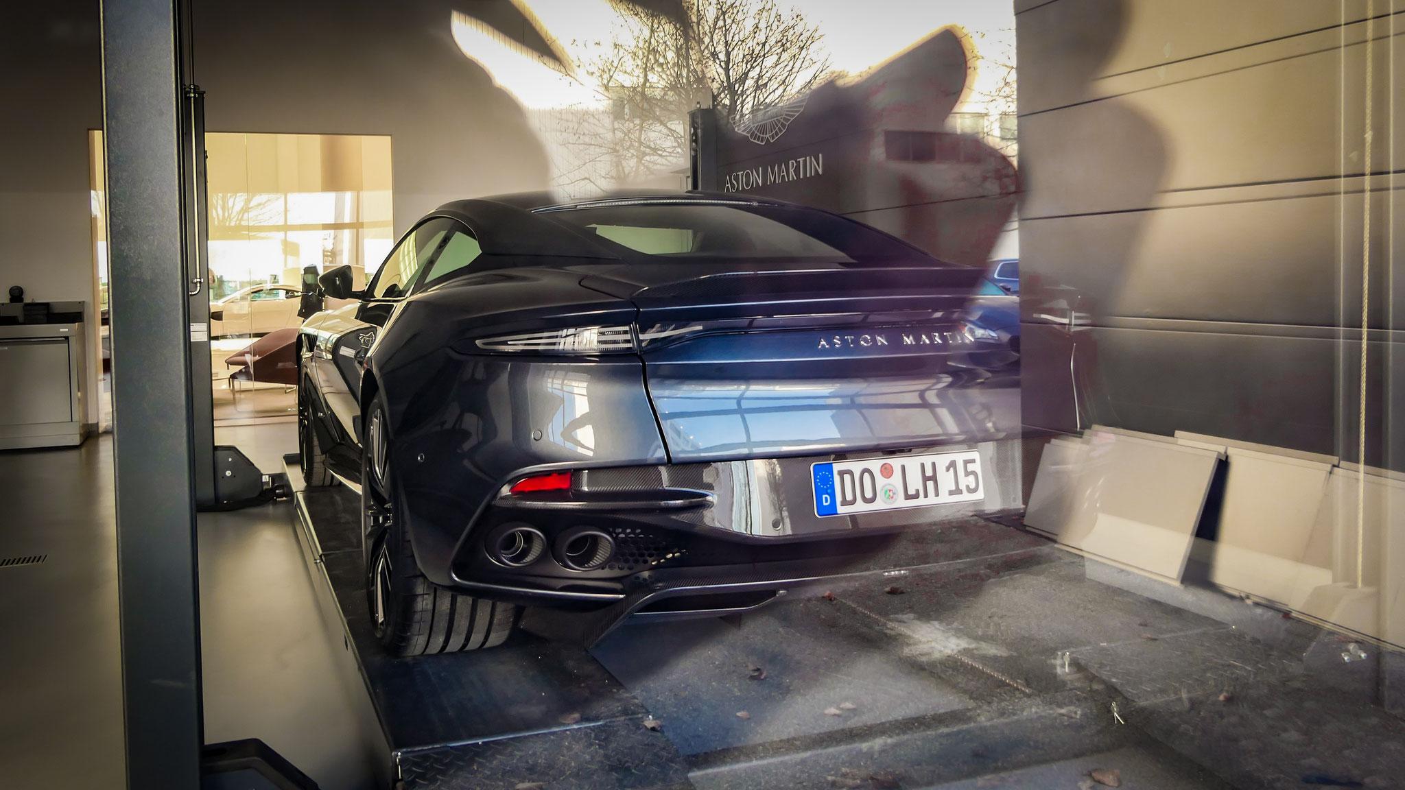 Aston Martin DBS Superleggera - DO-LH-15