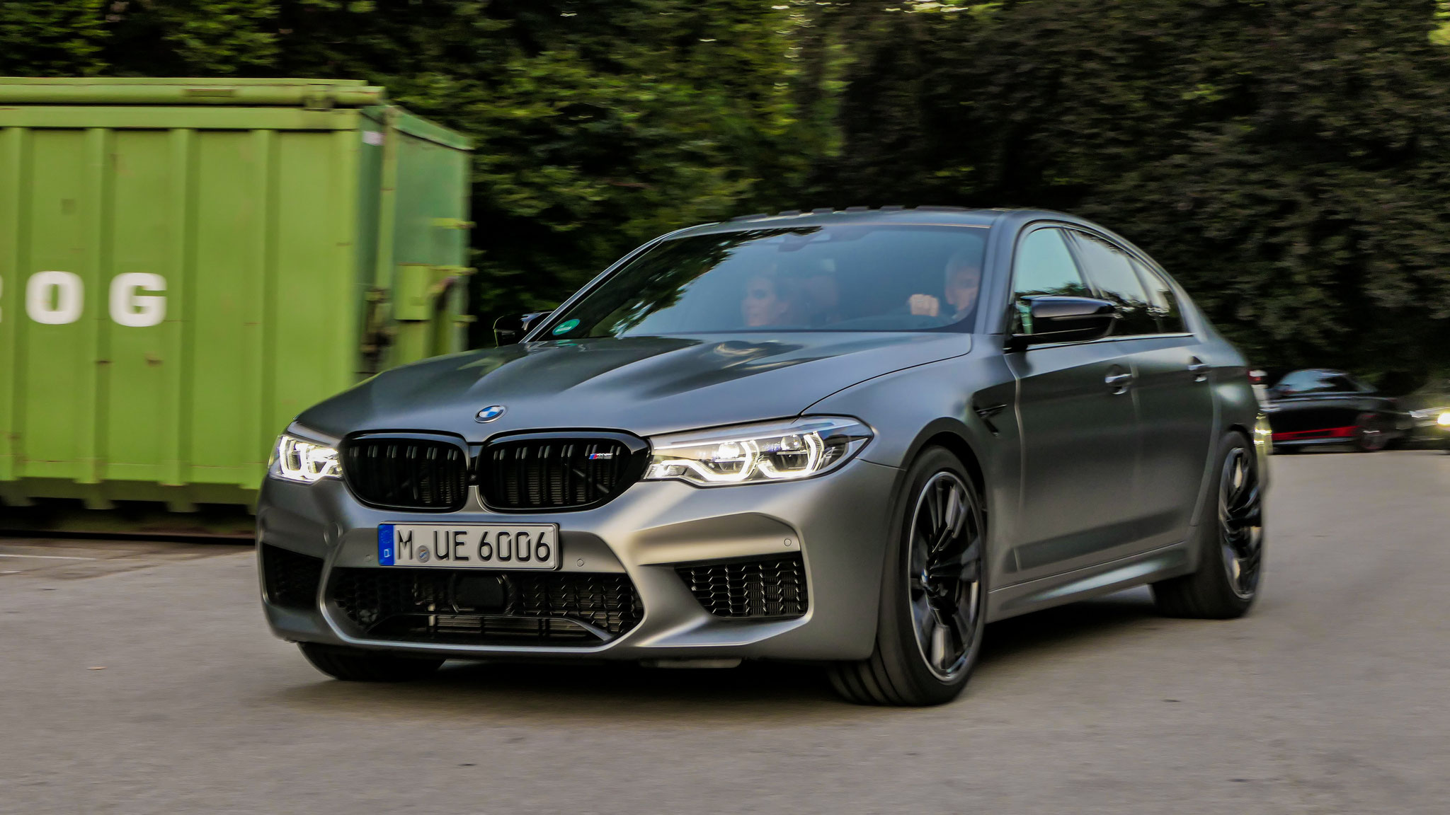 BMW M5 - M-UE-6006