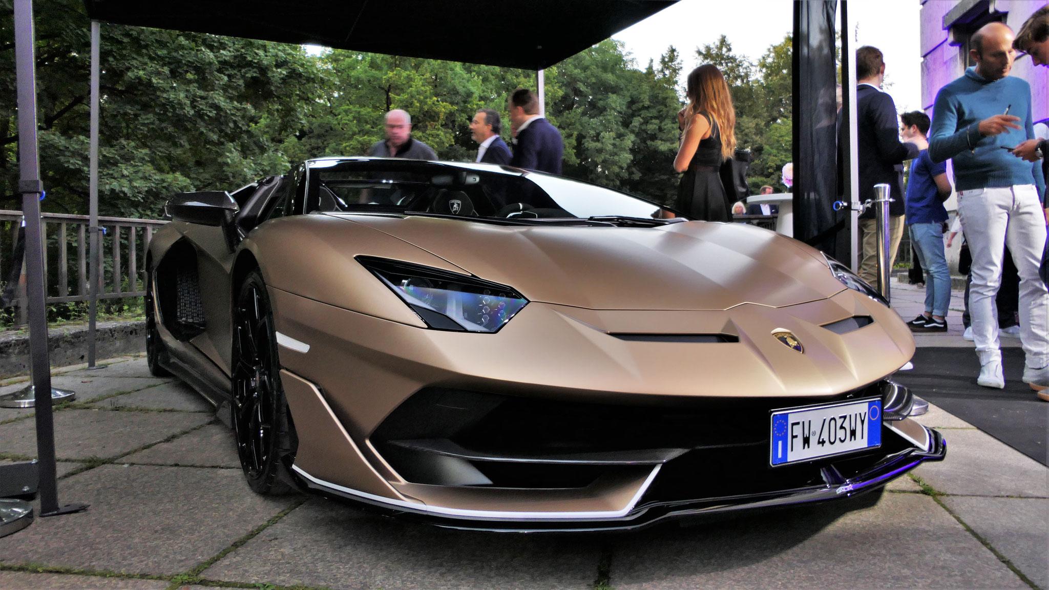 Lamborghini Aventador LP 770 SVJ Roadster - FW-403-WY (ITA)