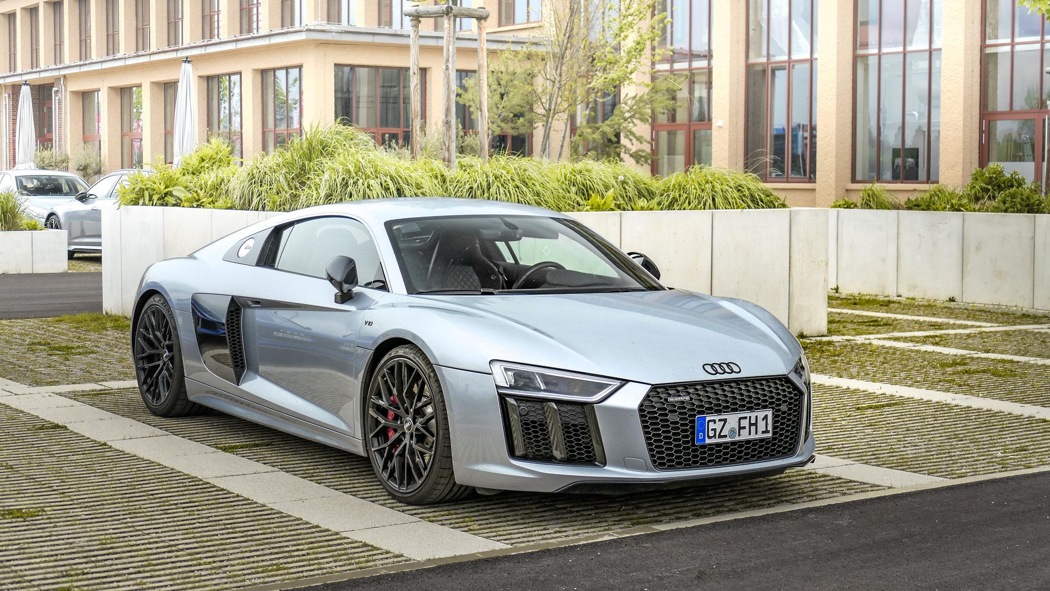 Audi R8 V10 - GZ-FH-1