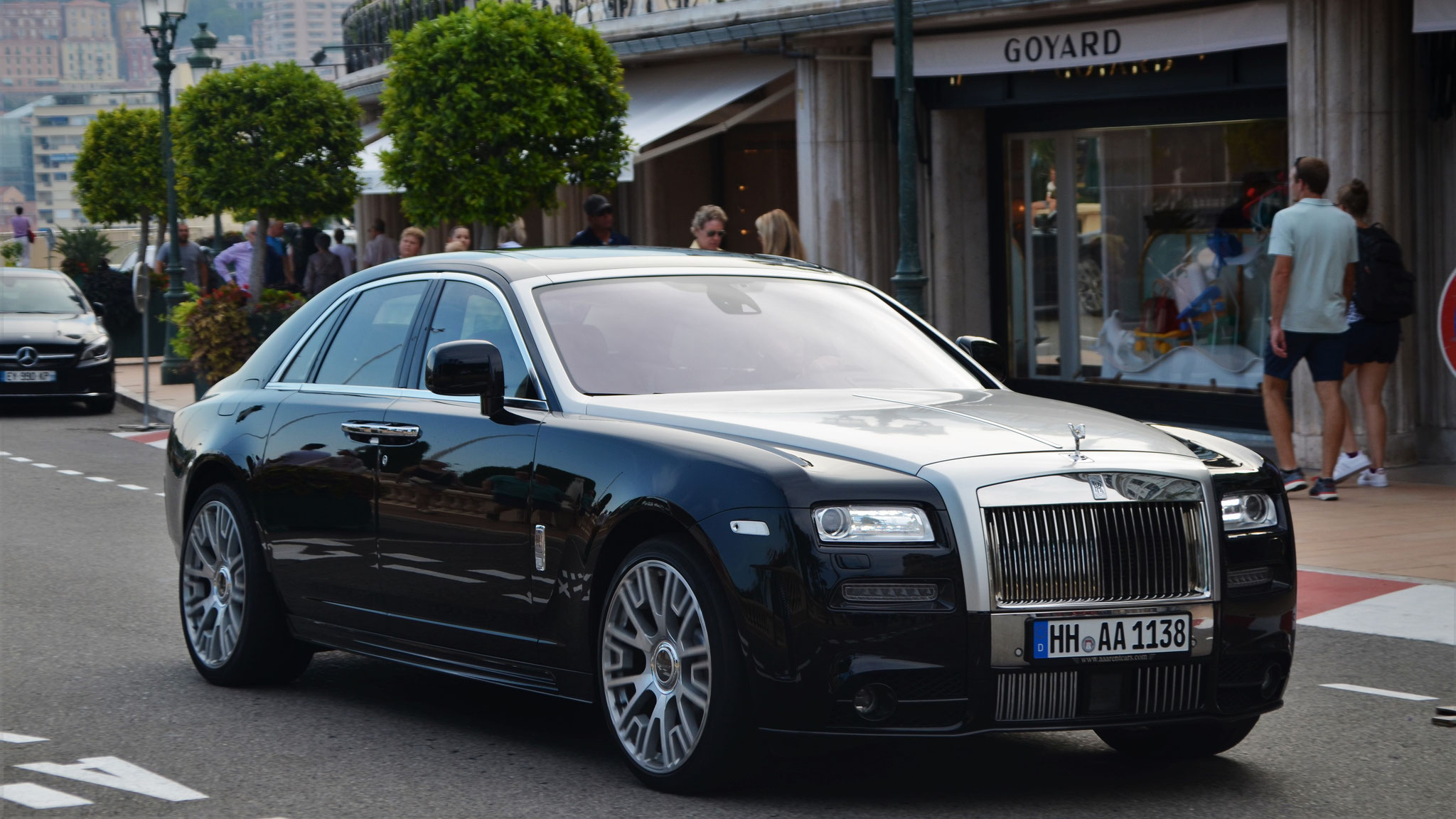Rolls Royce Ghost Mansory - HH-AA-1138