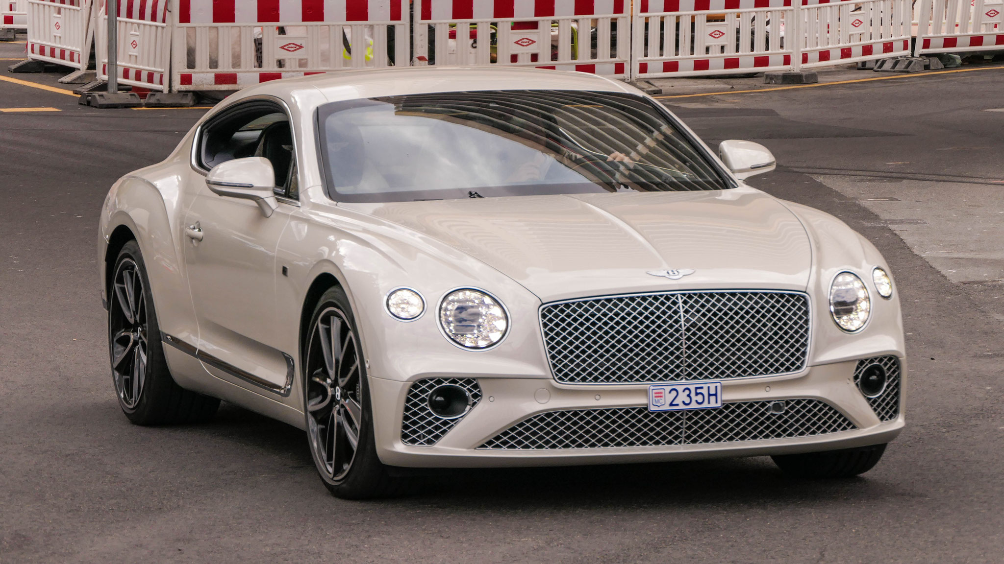 Bentley Continental GT - 235H (MC)