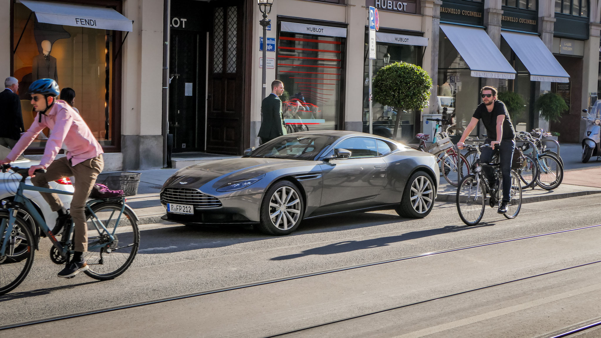 Aston Martin DB11 - R-FP-212