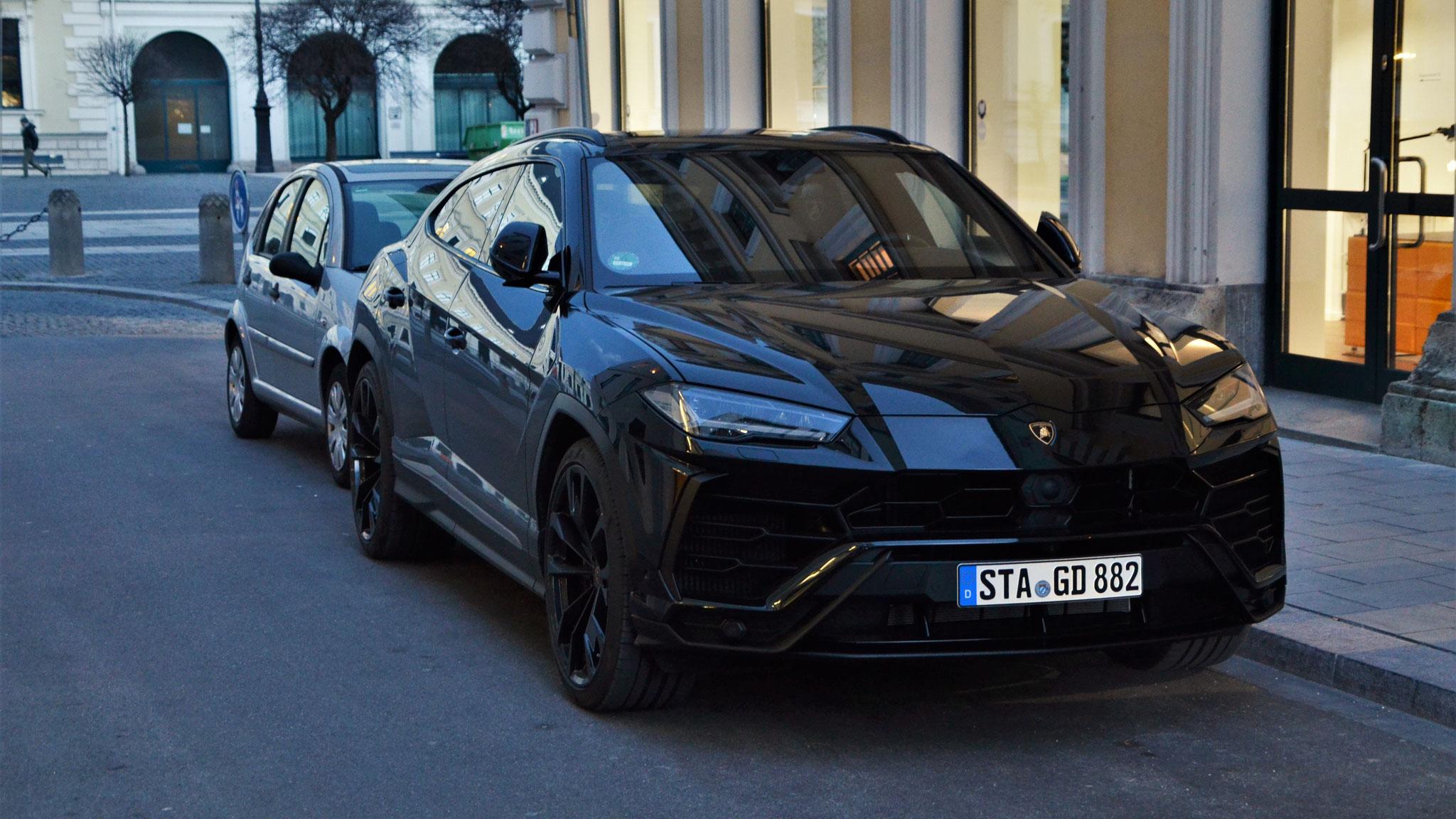 Lamborghini Urus - STA-GD-882