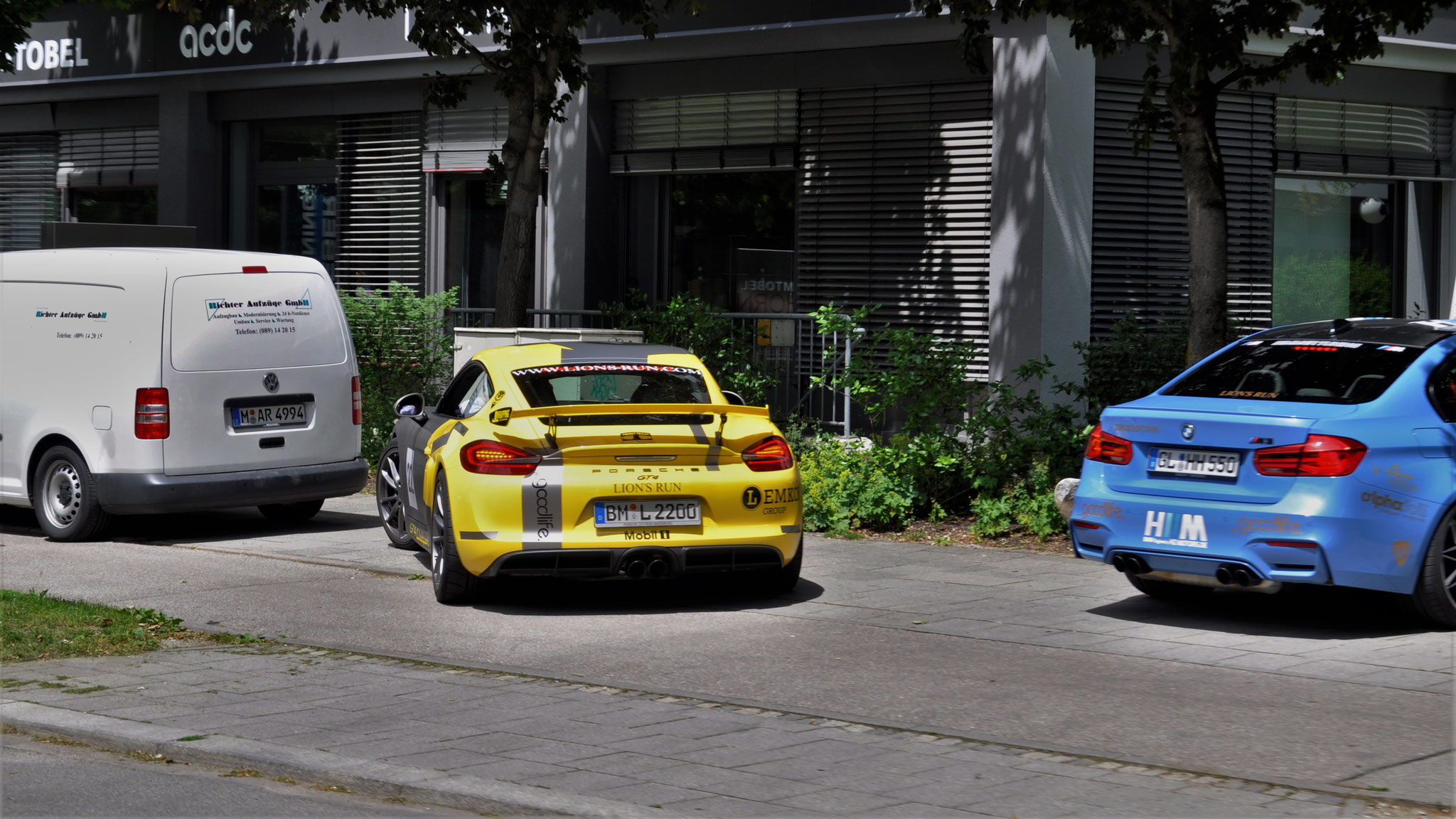 Porsche Cayman GT4 - BM-L-2200
