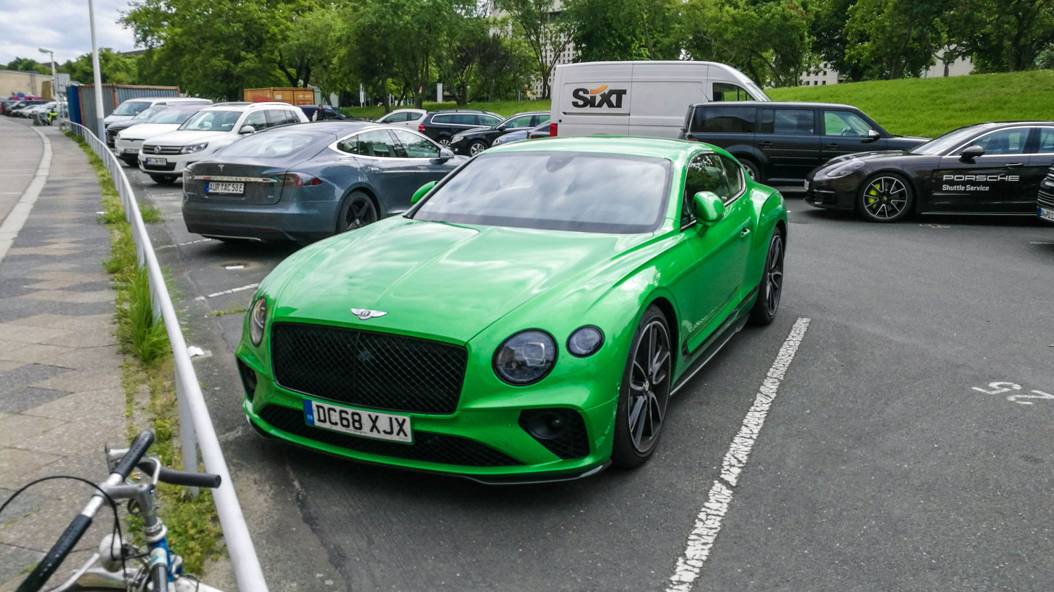 Bentley Continental GT - DC68-XJX (GB)