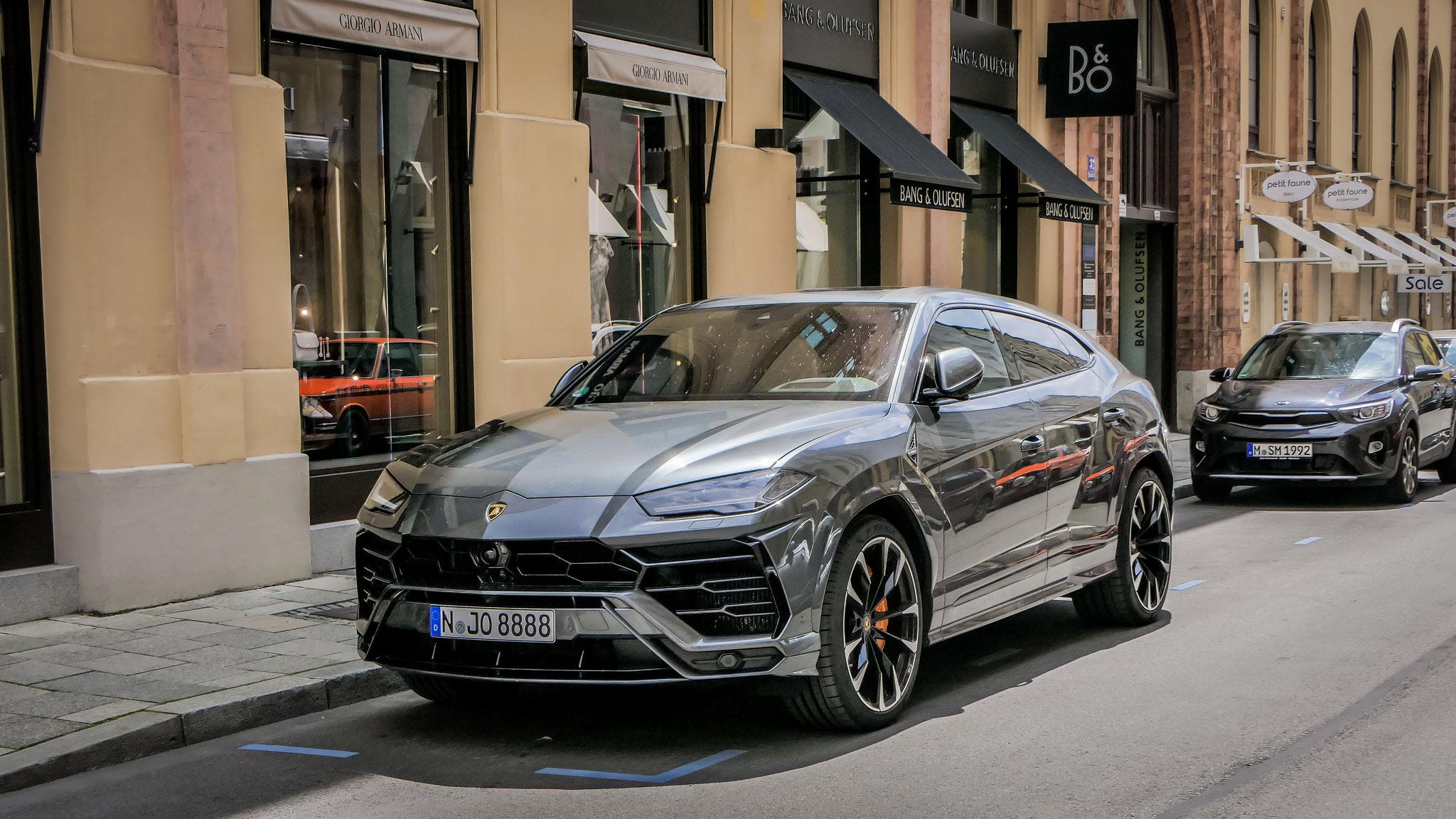 Lamborghini Urus - N-JO-8888