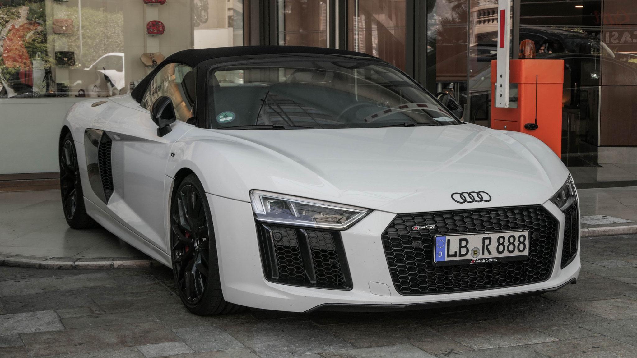 Audi R8 V10 Spyder - LB-R-888