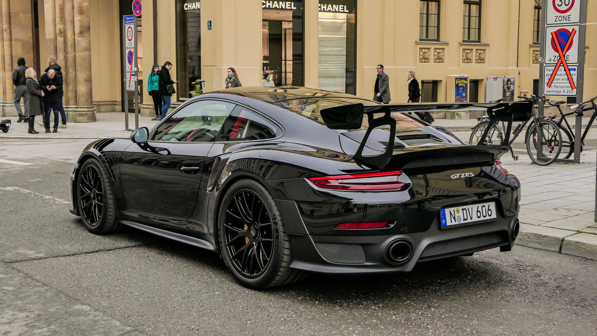 Porsche GT2 RS - N-DV-606