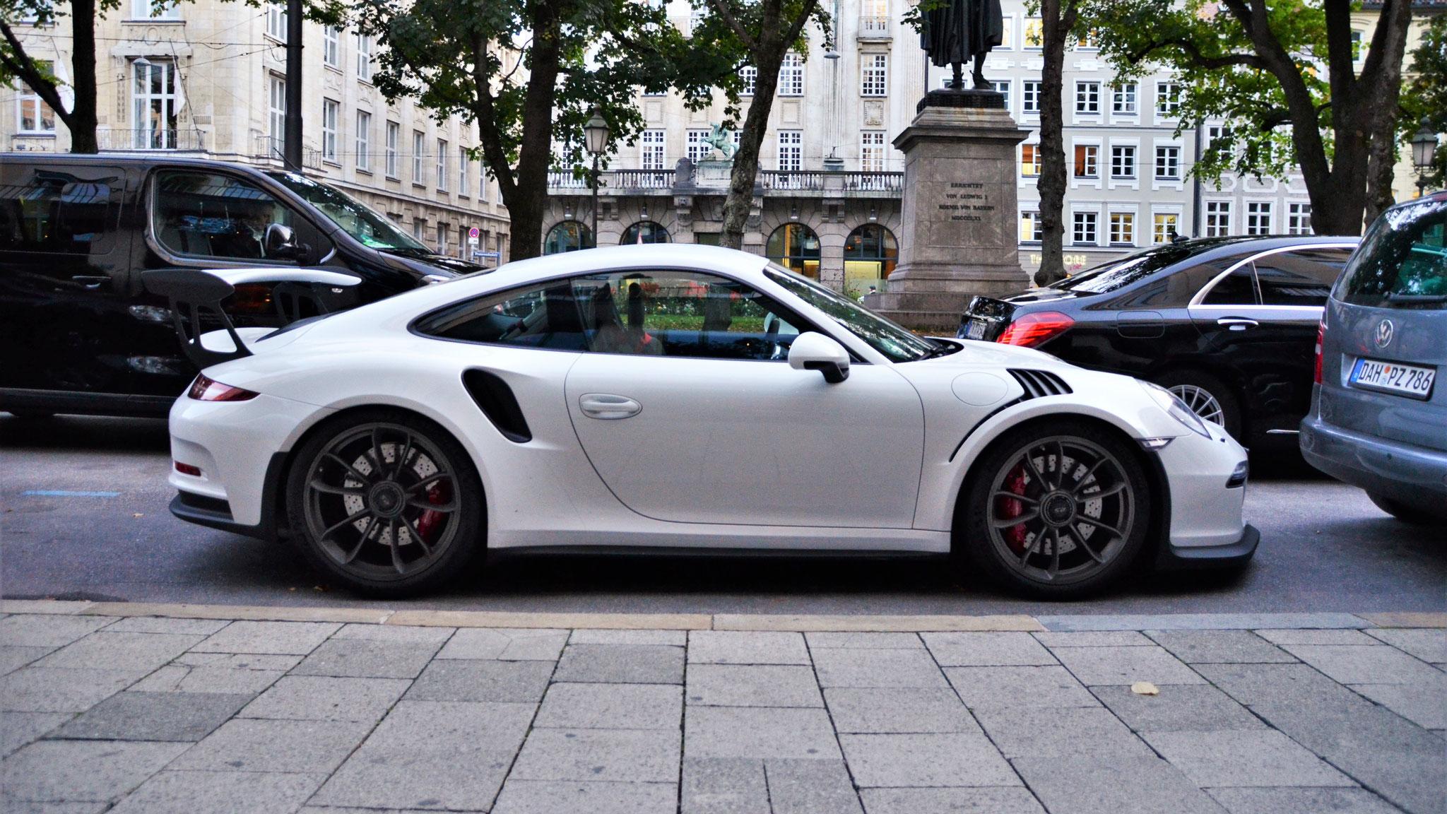 Porsche 911 GT3 RS - D-CA-991