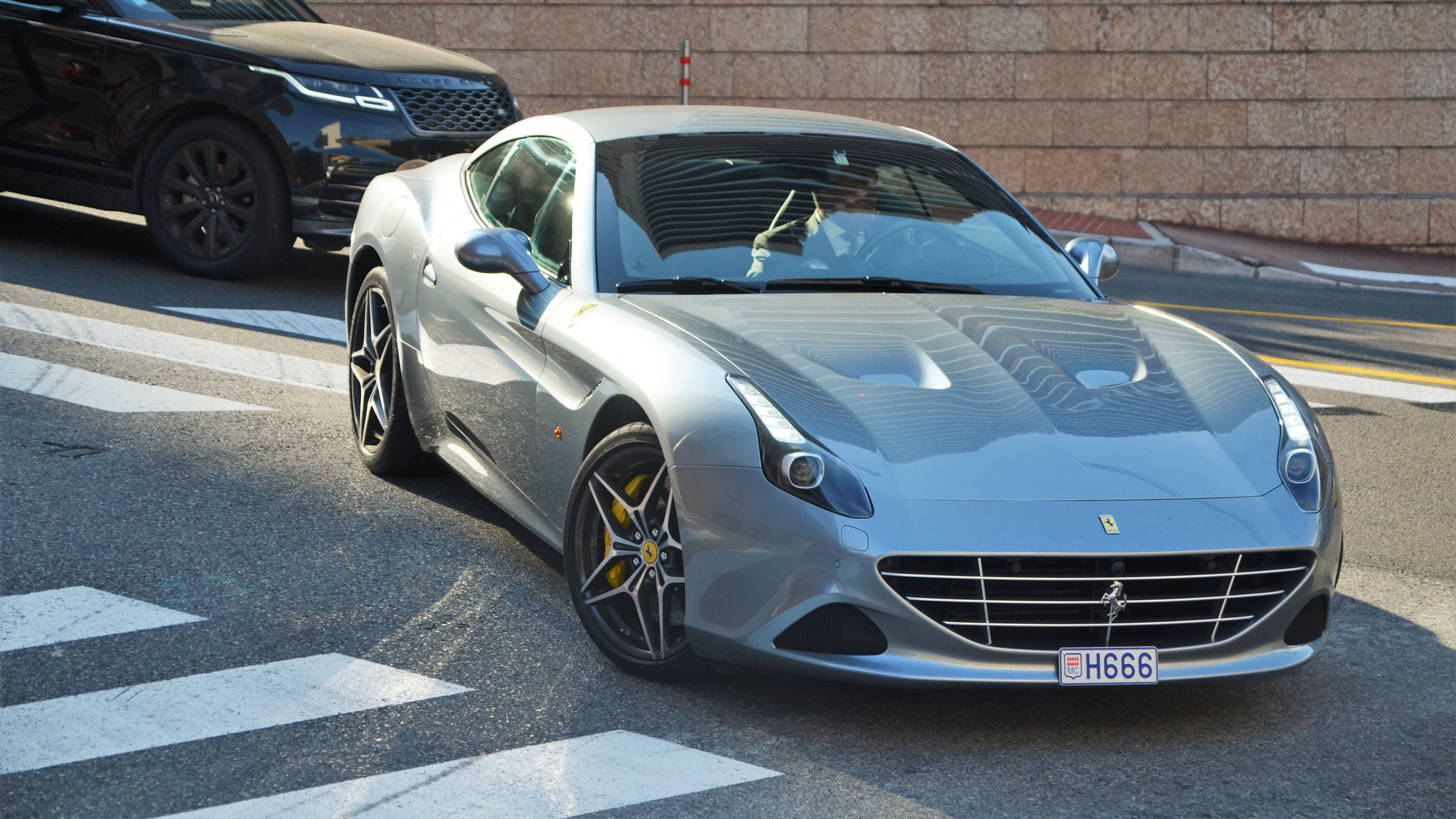 Ferrari California T - H666 (MC)
