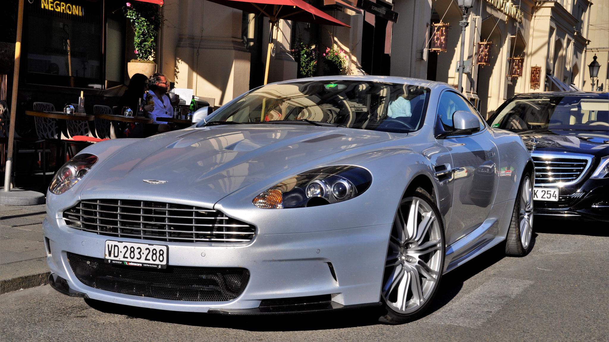 Aston Martin DBS - VD-283288 (CH)