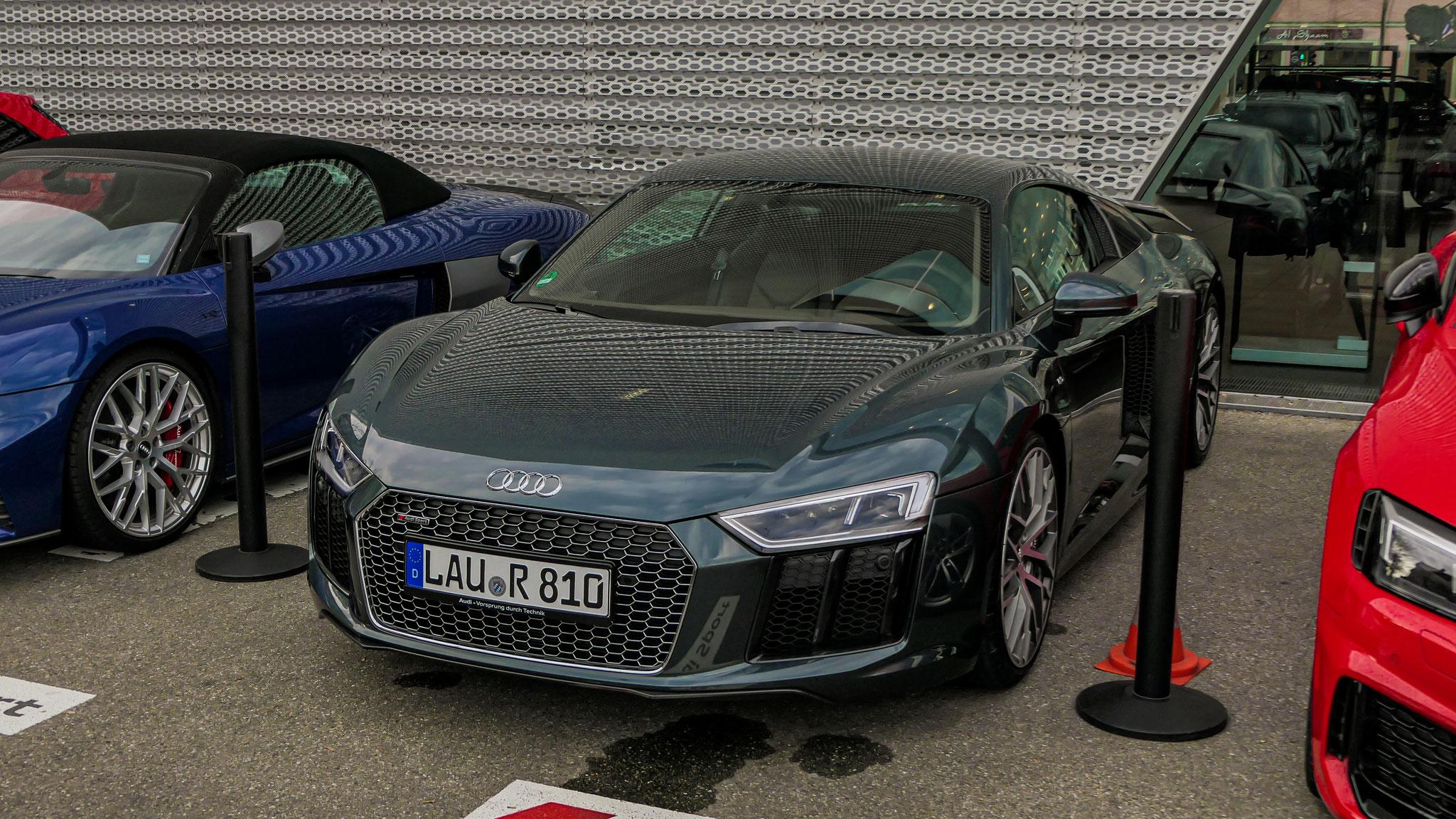 Audi R8 V10 - LAU-R-810