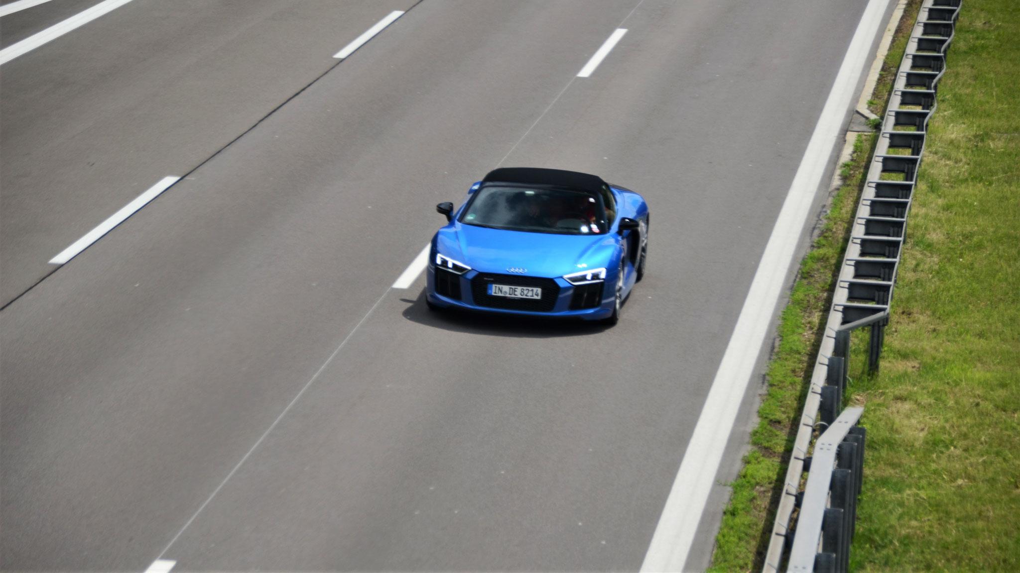 Audi R8 V10 Spyder - IN-DE-8214