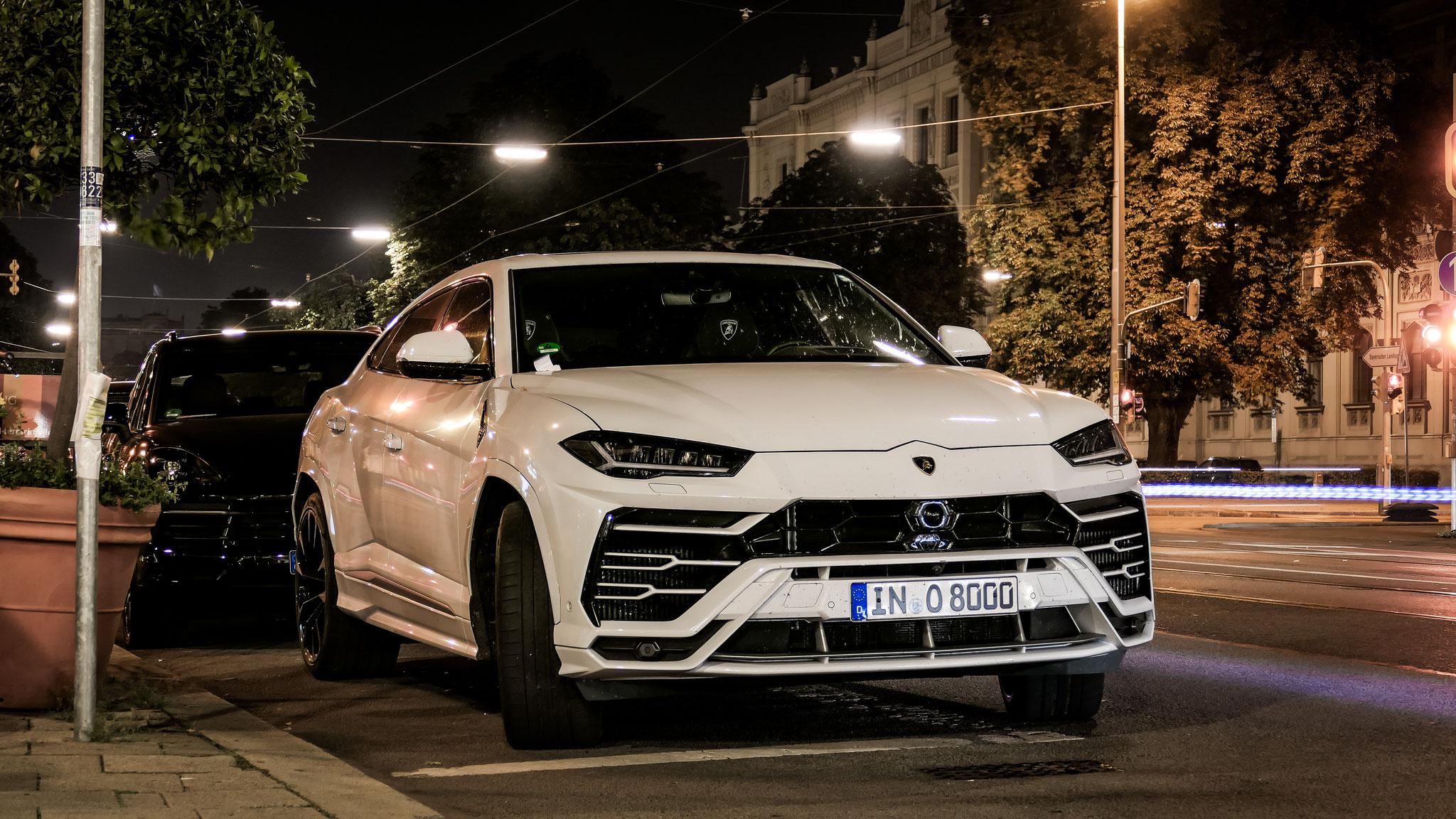 Lamborghini Urus - IN-O-8000