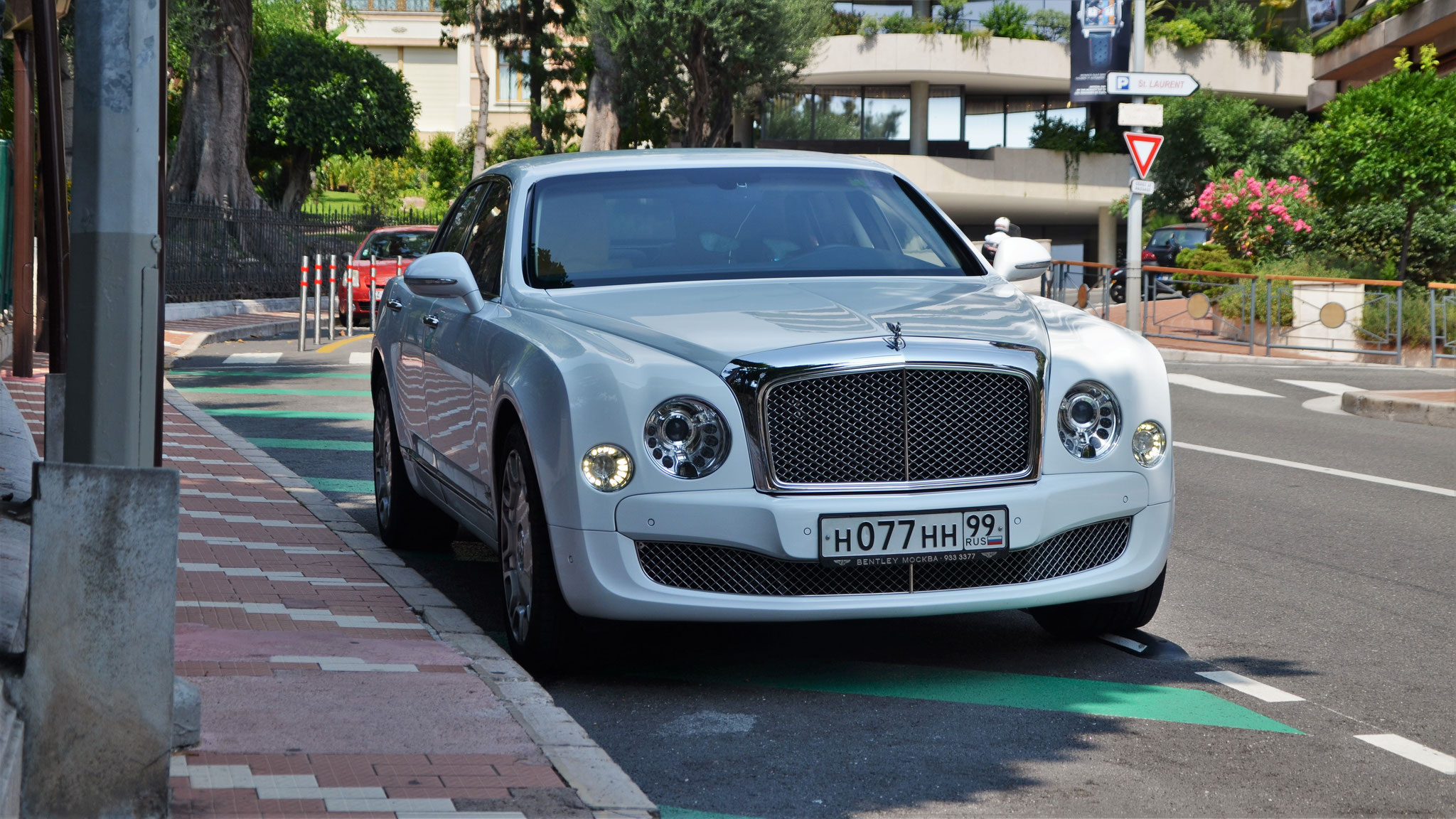 Bentley Mulsanne - H-077-HH-99 (RUS)