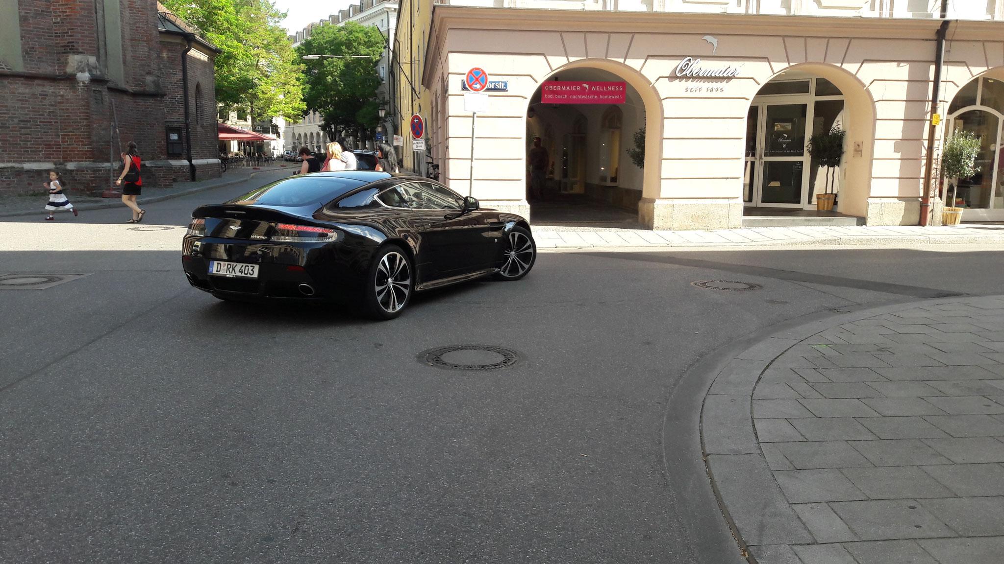 Aston Martin Vantage V12 - D-RK-403