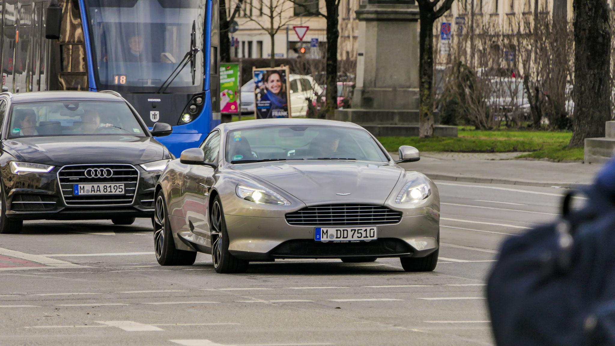 Aston Martin Vanquish - M-DD-7510