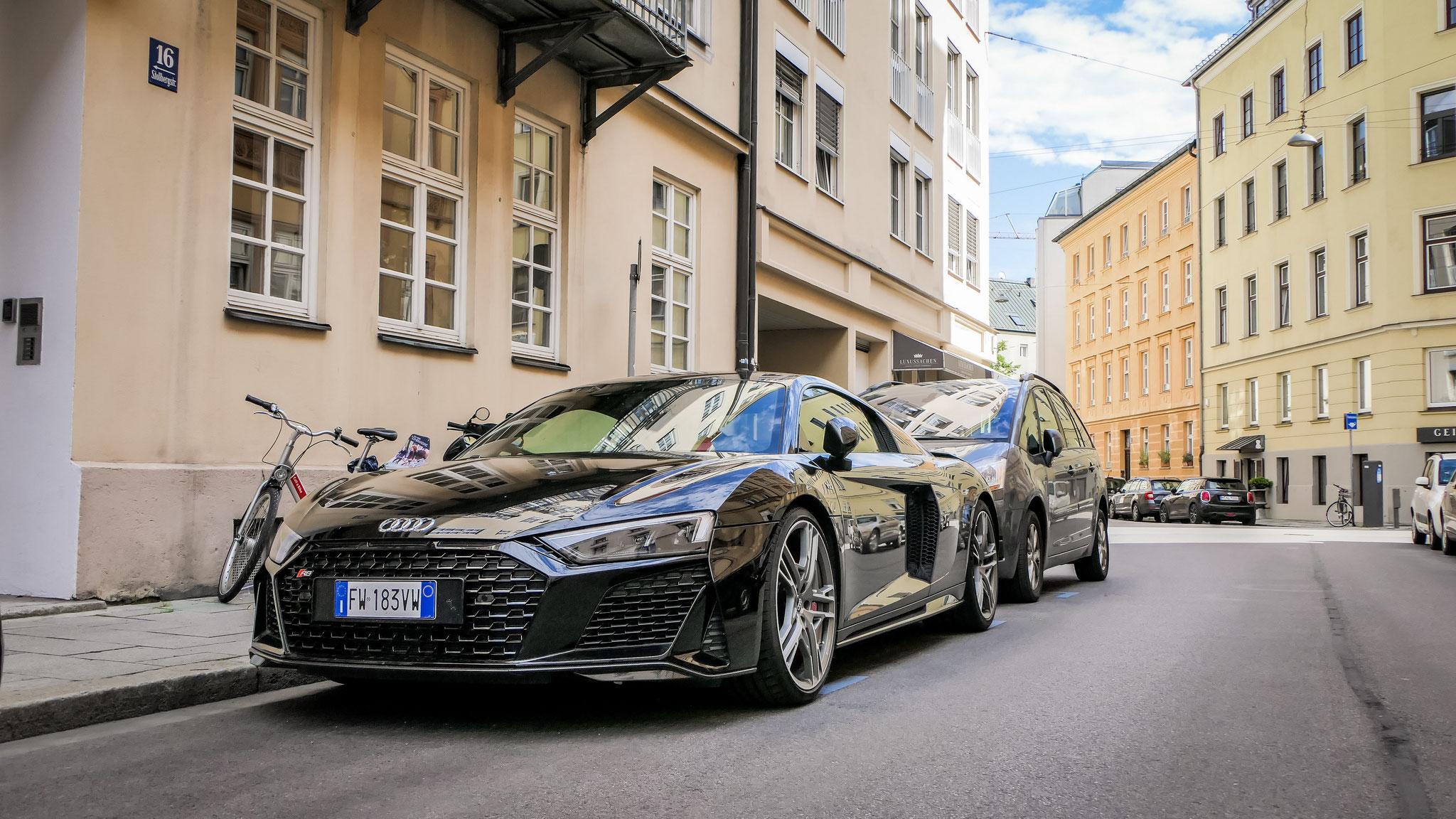 Audi R8 V10 - FW-183-VW (ITA)