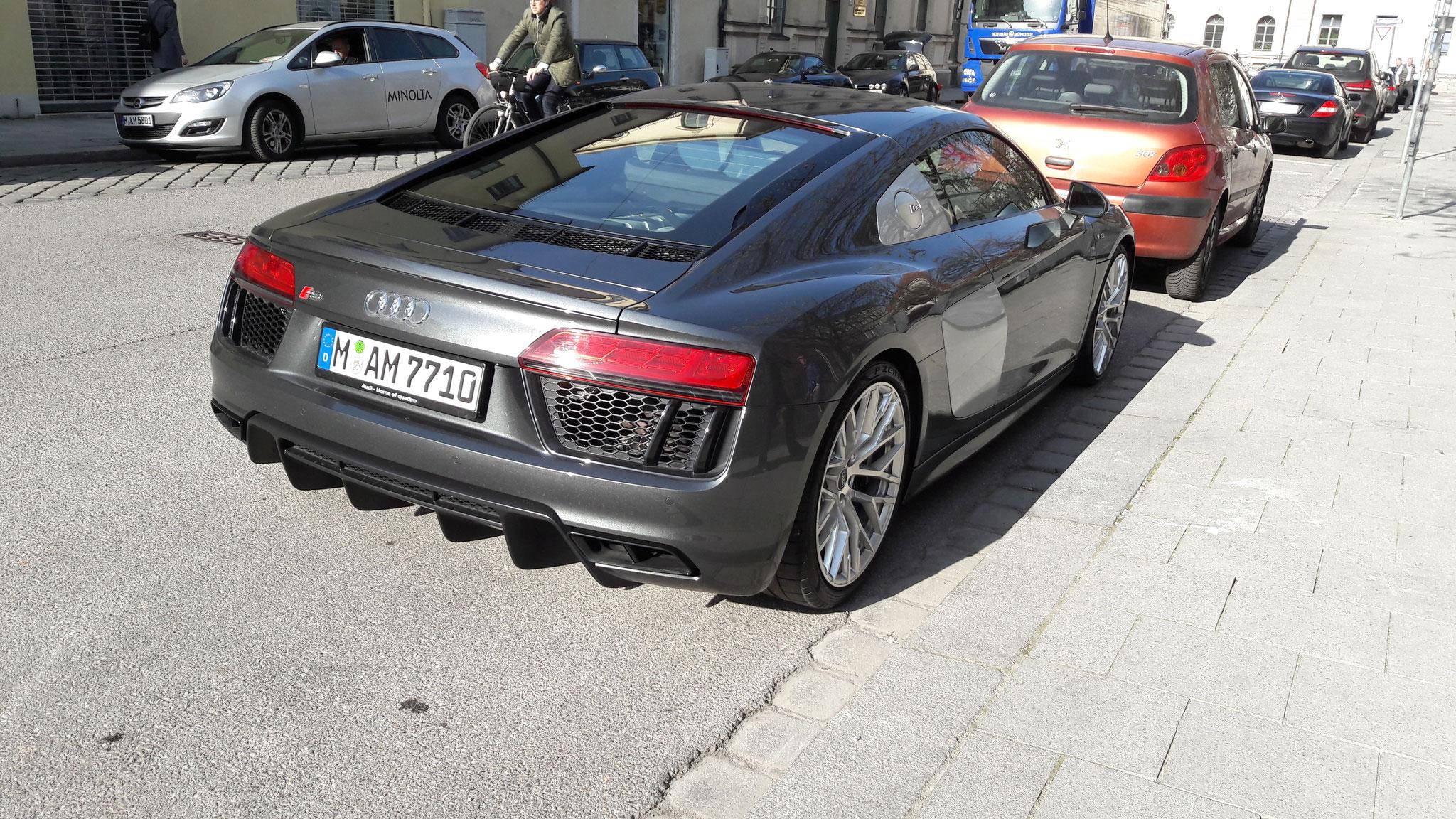 Audi R8 V10 - M-AM-7710