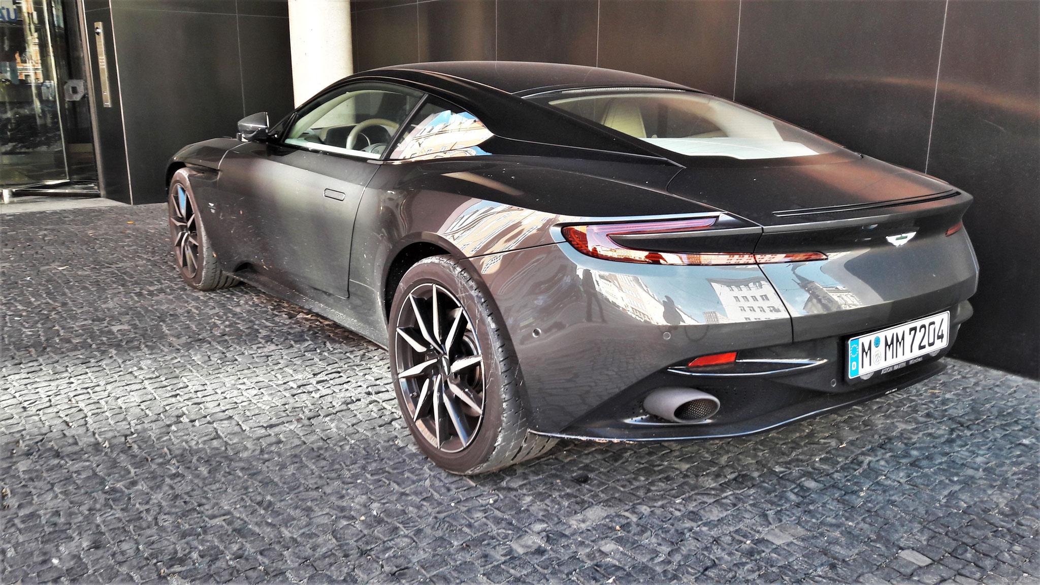 Aston Martin DB11 - M-MM-7204