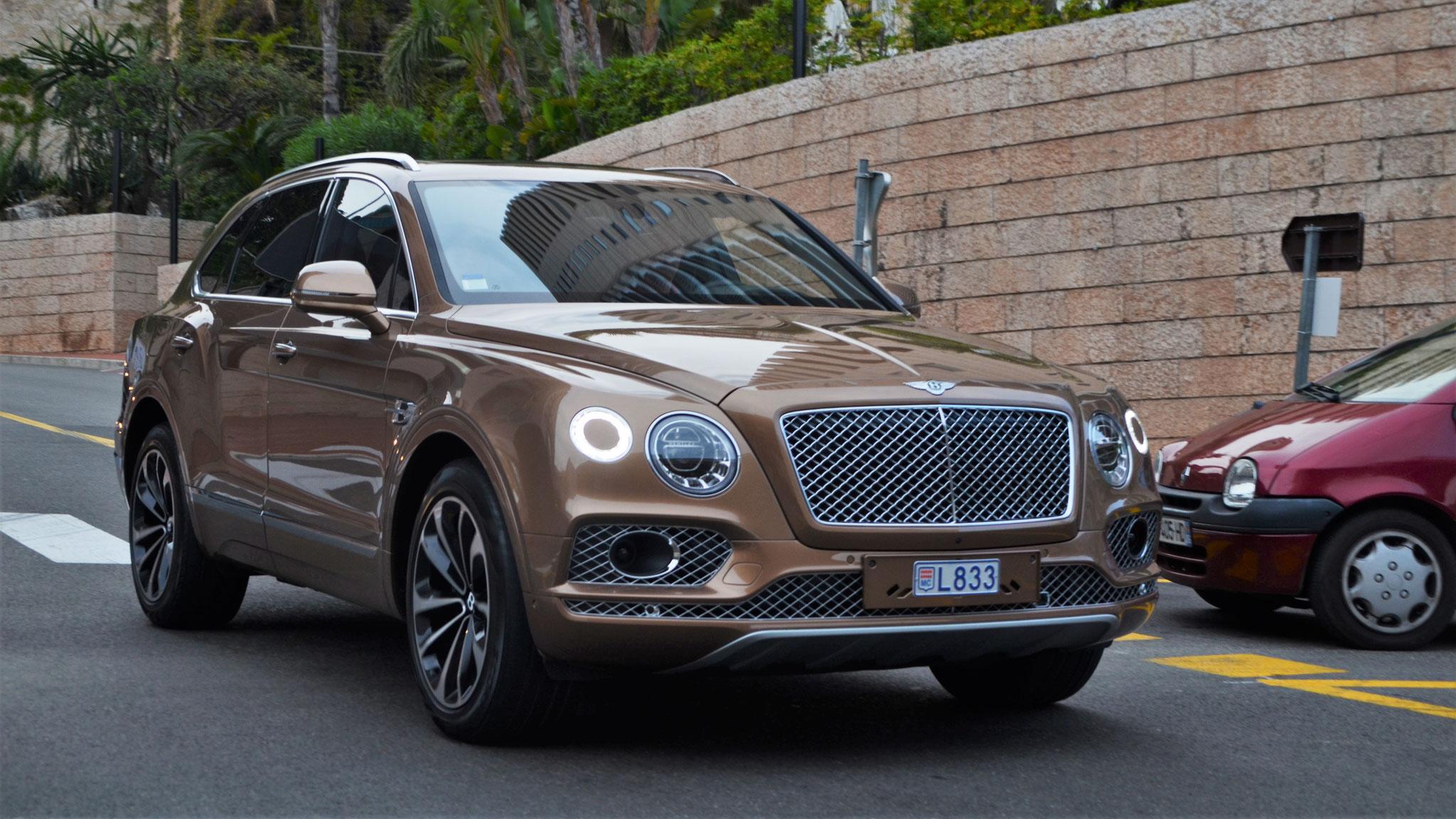 Bentley Bentayga - L833 (MC)