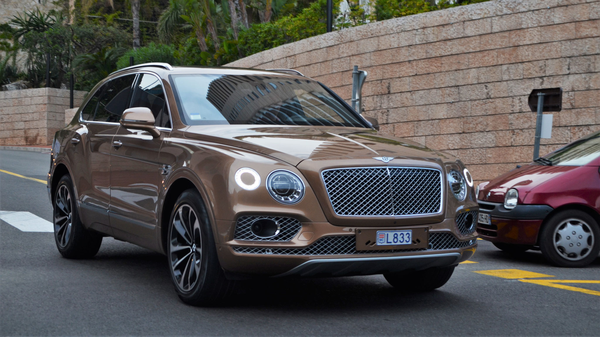 Bentley Bentayga - L833 (MC)