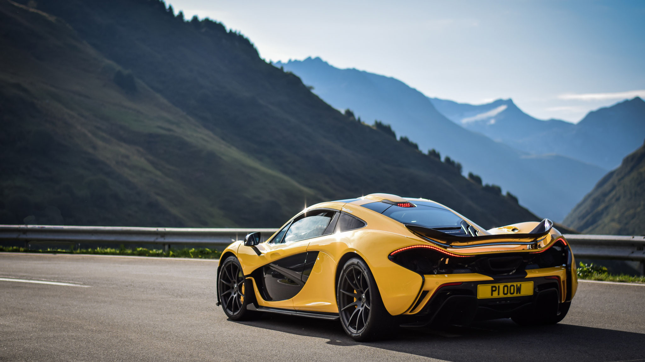 McLaren P1 - P1-OOW (GB)